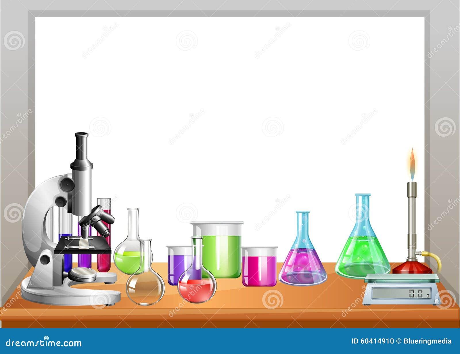 在桌上的化学设备