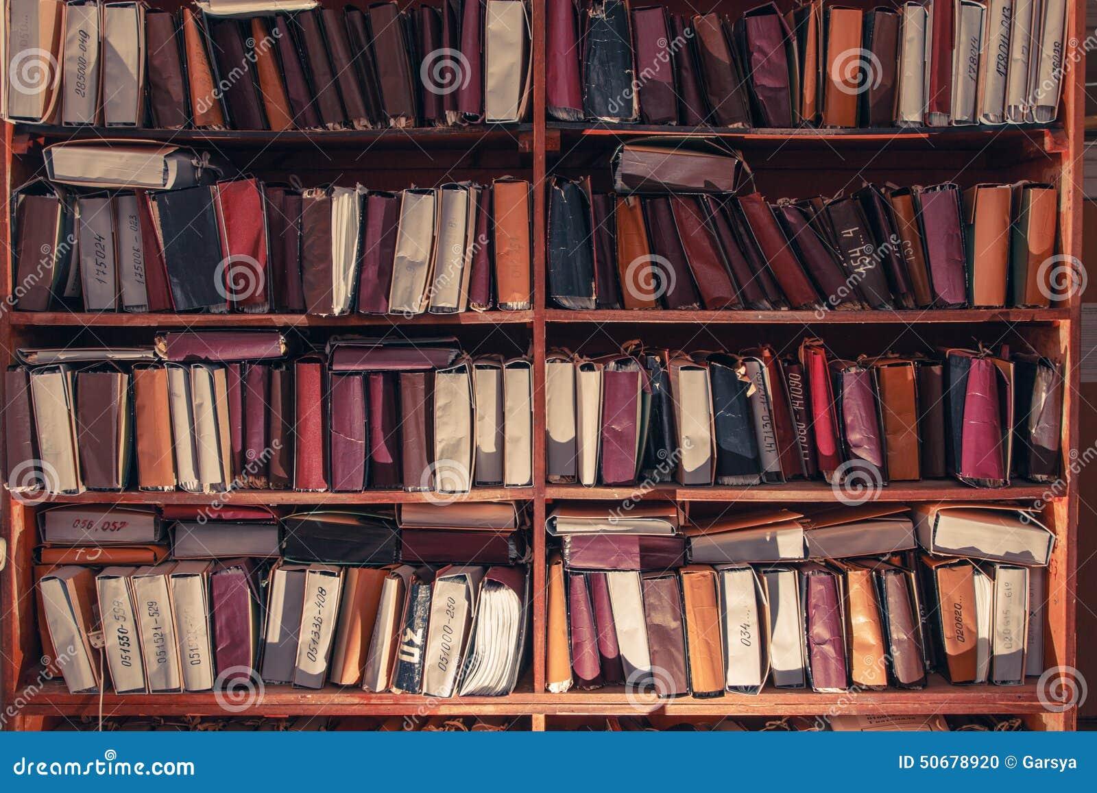 Download 在档案里堆积的纸张文件 库存照片. 图片 包括有 数据, 图书馆, 工作, 学习, 组织, 文件, 专门技术 - 50678920