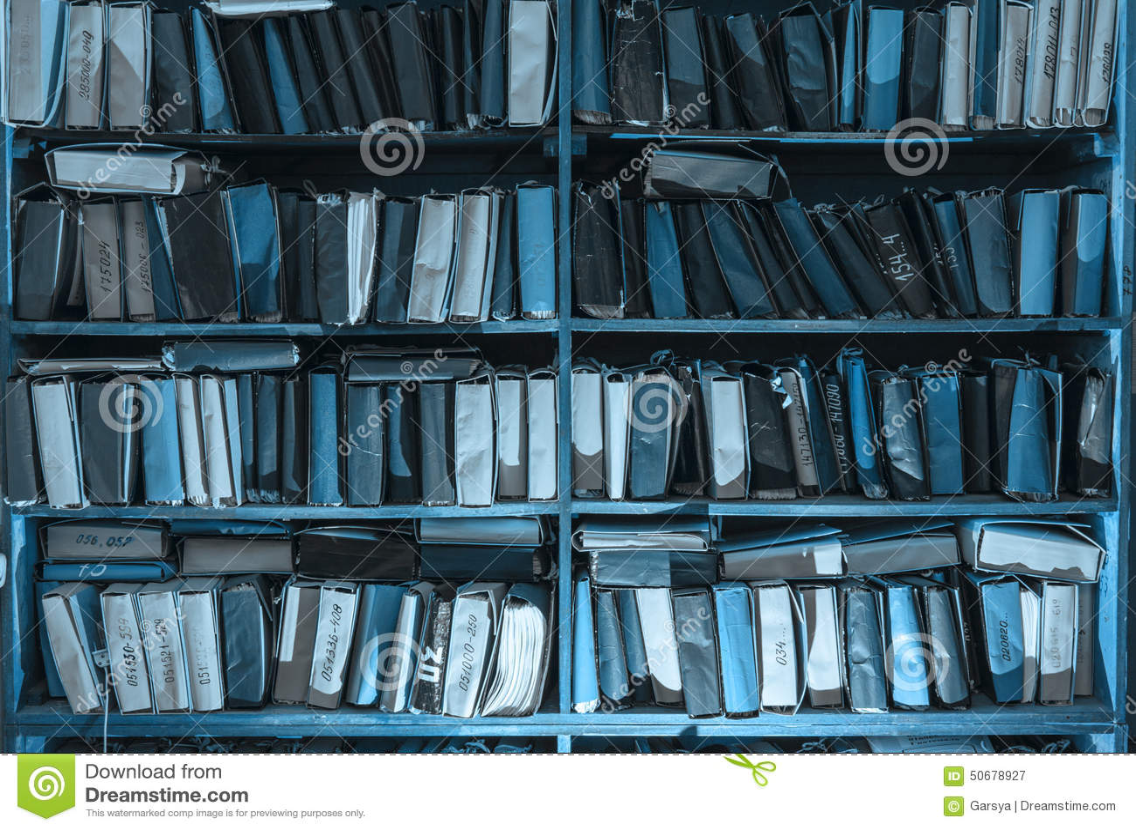 Download 在档案里堆积的纸张文件 库存图片. 图片 包括有 文件, 存贮, 办公室, 学习, 研究, 文件夹, 专门技术 - 50678927