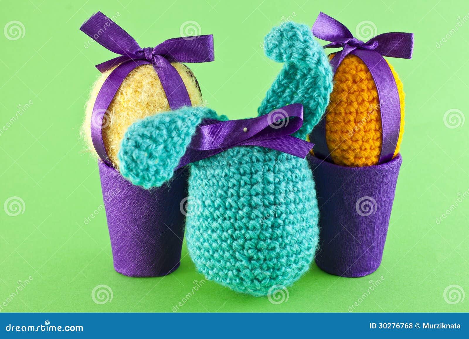 被编织的鸡蛋和兔子