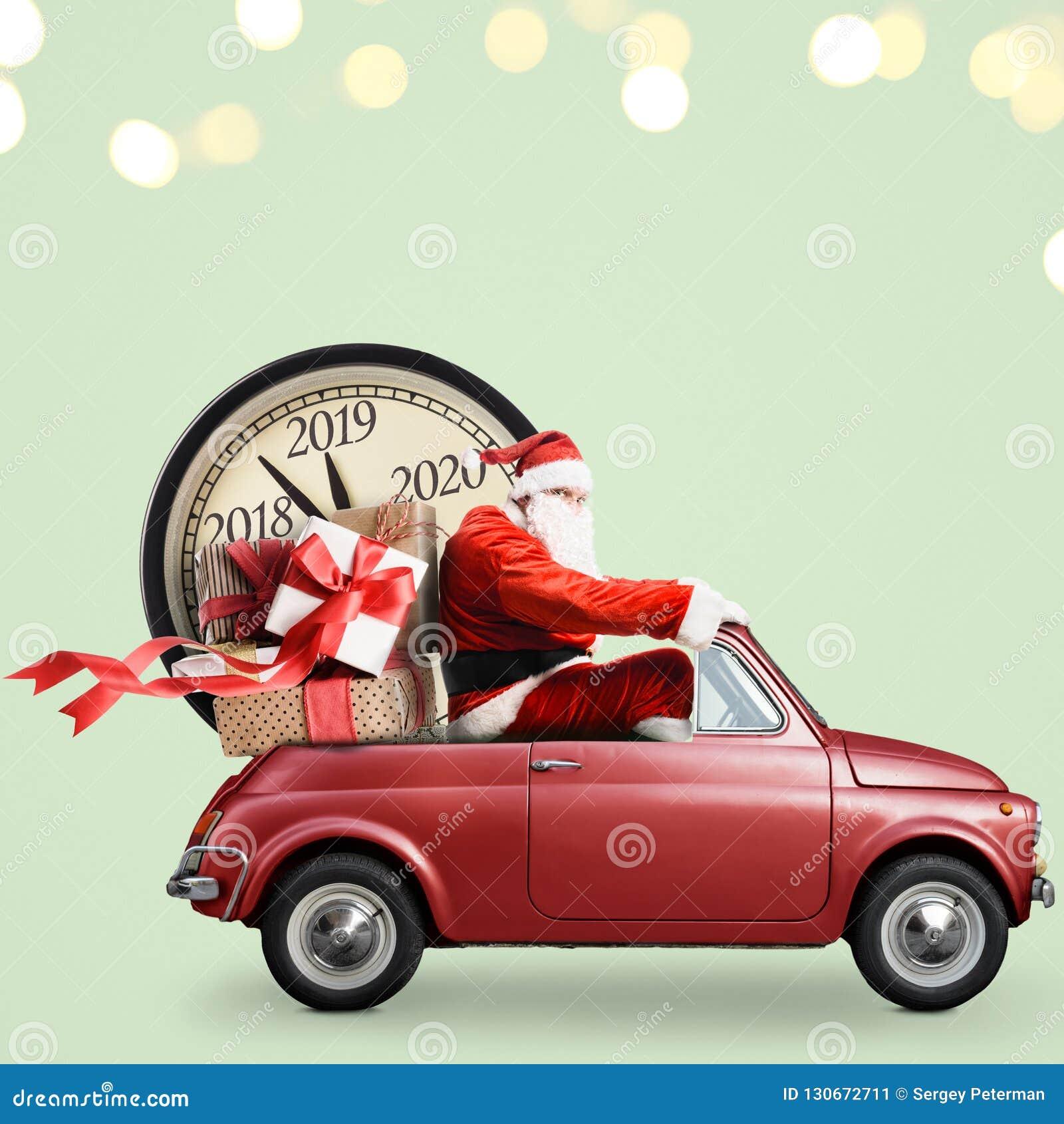 在汽车的圣诞老人项目读秒
