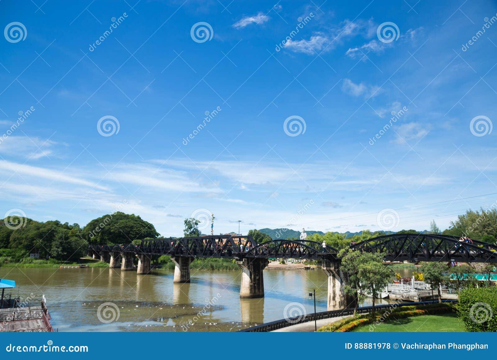 在河Kwai的桥梁