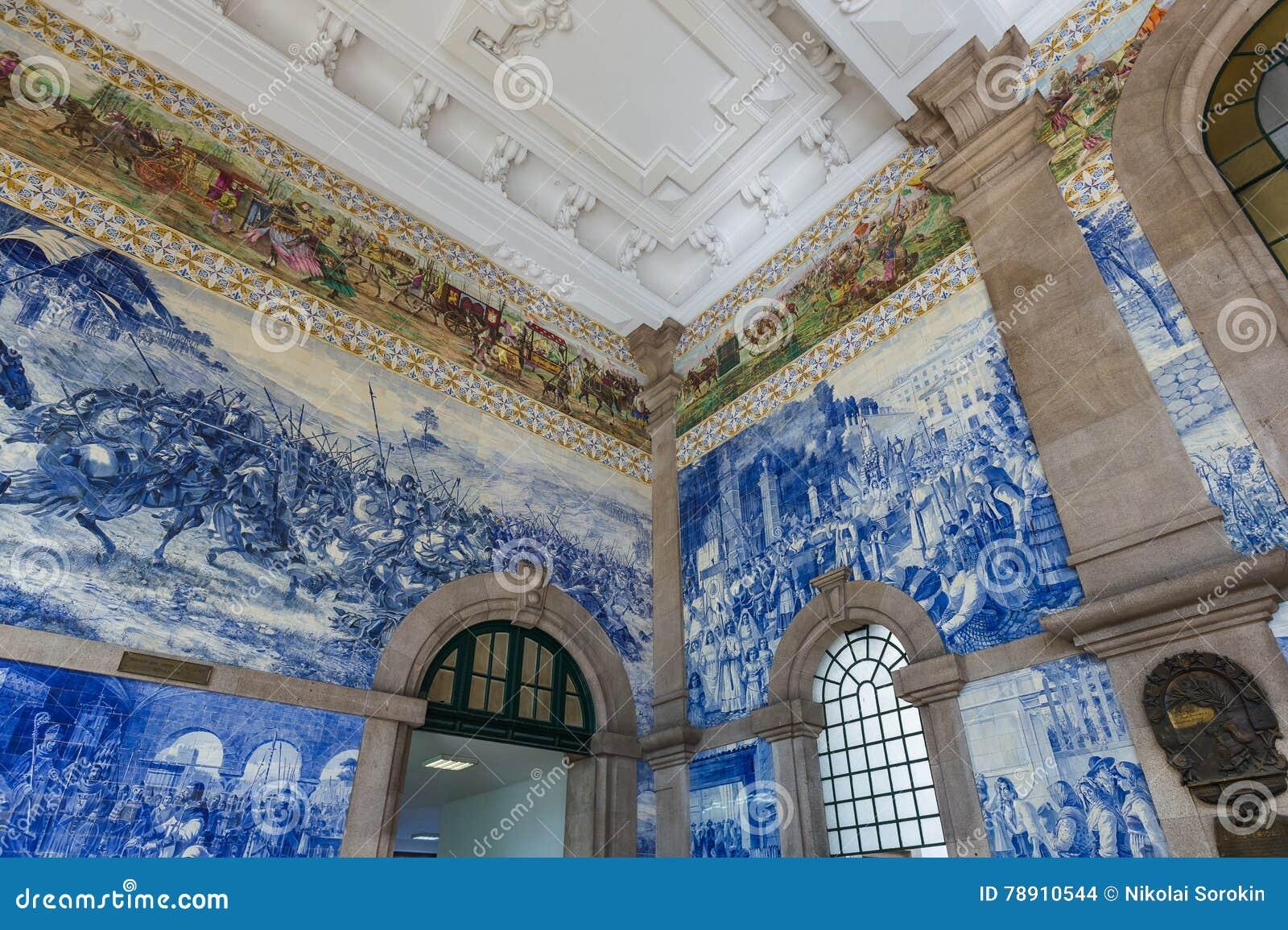 在波尔图火车站-葡萄牙的陶瓷Azulejos