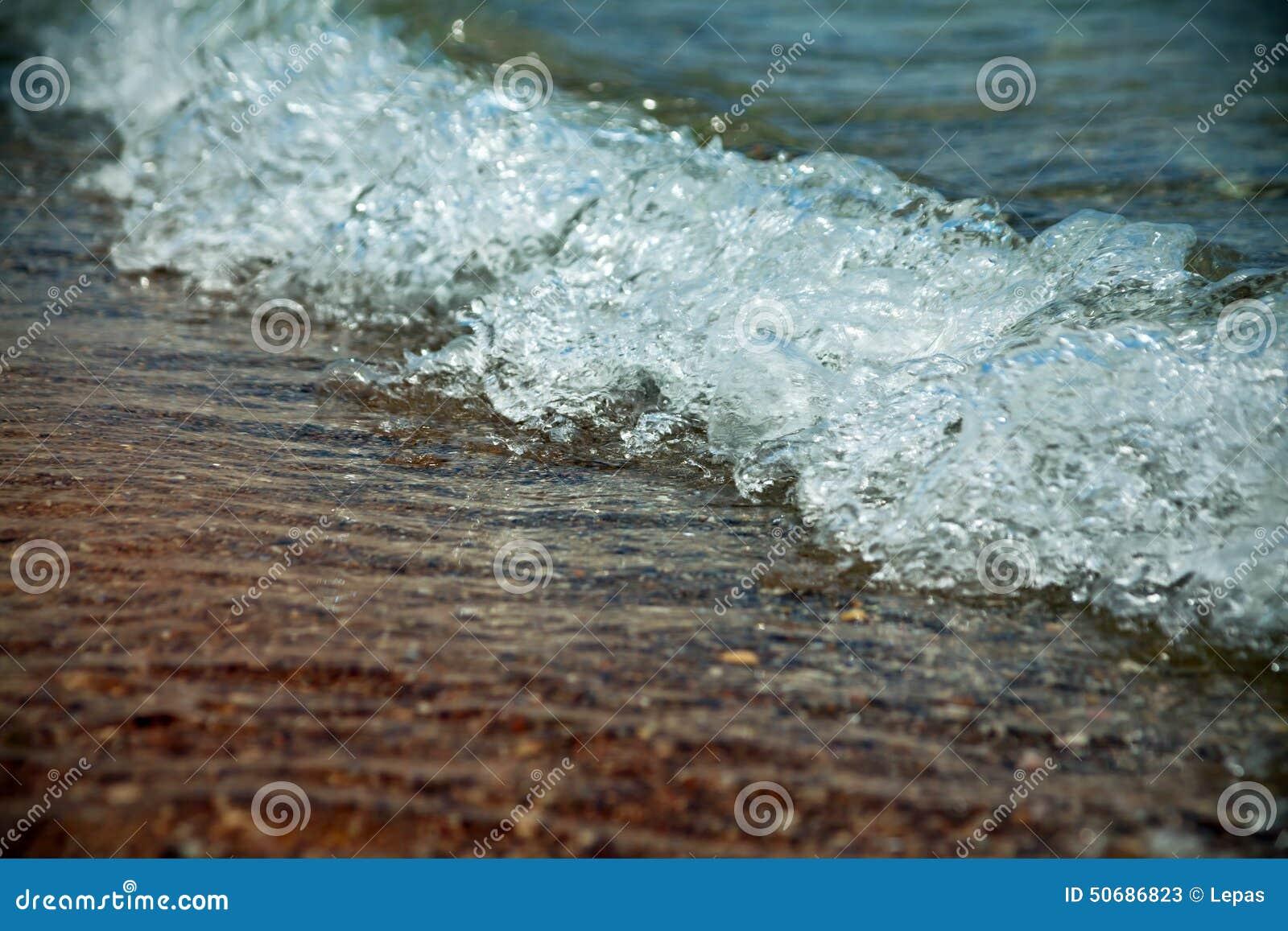 Download 在海的波浪特写镜头 库存图片. 图片 包括有 室外, 风景, 没人, 空白, 定调子, 本质, 火箭筒, 通知 - 50686823