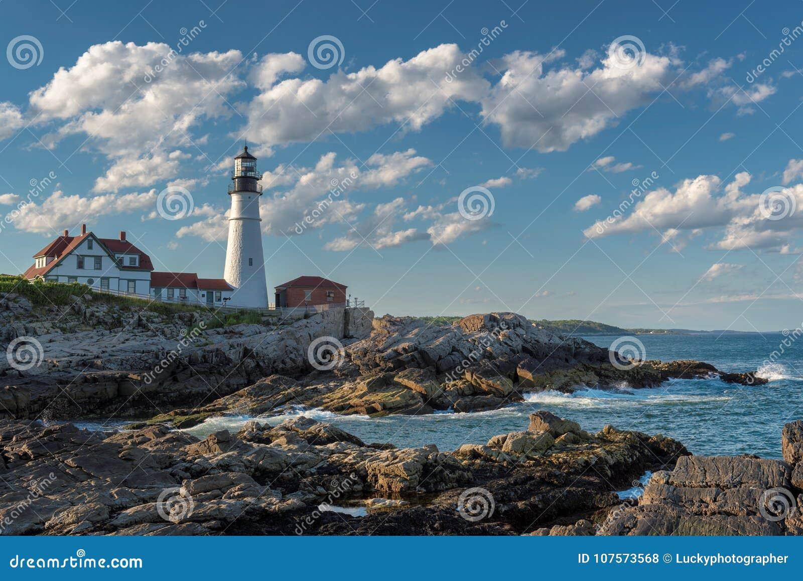 在海角伊丽莎白,缅因,美国的波特兰灯塔