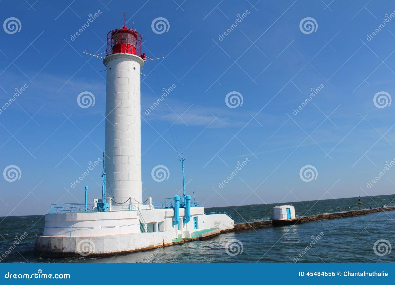 在海费用的灯塔