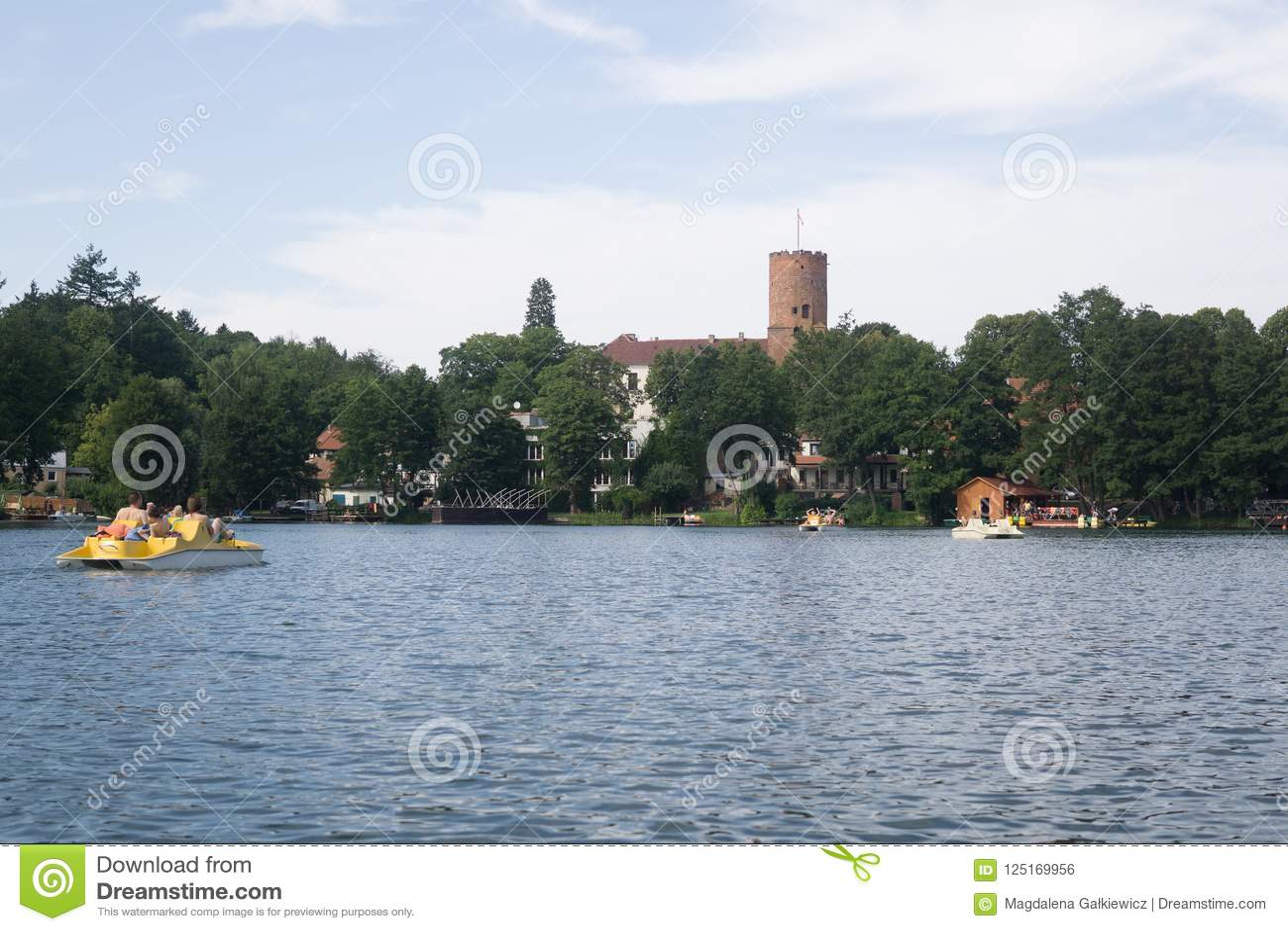 在湖在波兰
