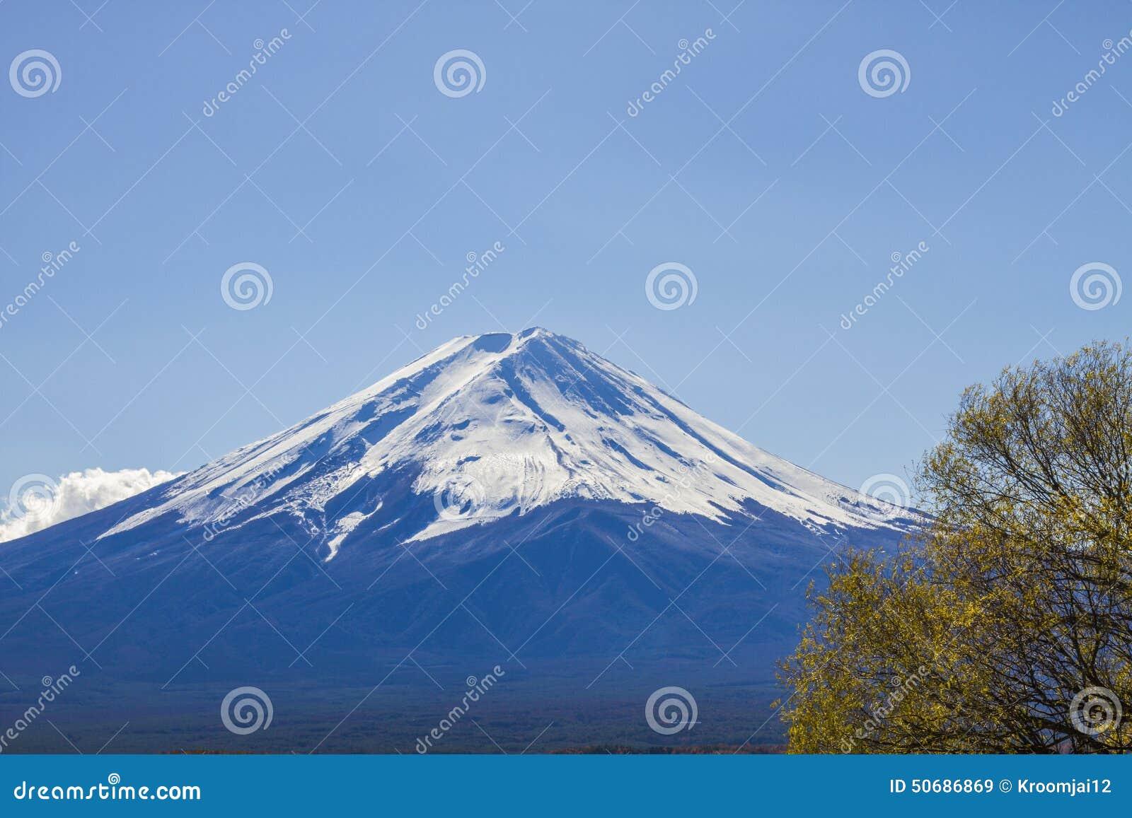 Download 在湖Kawaguchiko的Mt富士在日本 库存图片. 图片 包括有 照相机, 设备, 户外, 电路, 卫兵 - 50686869