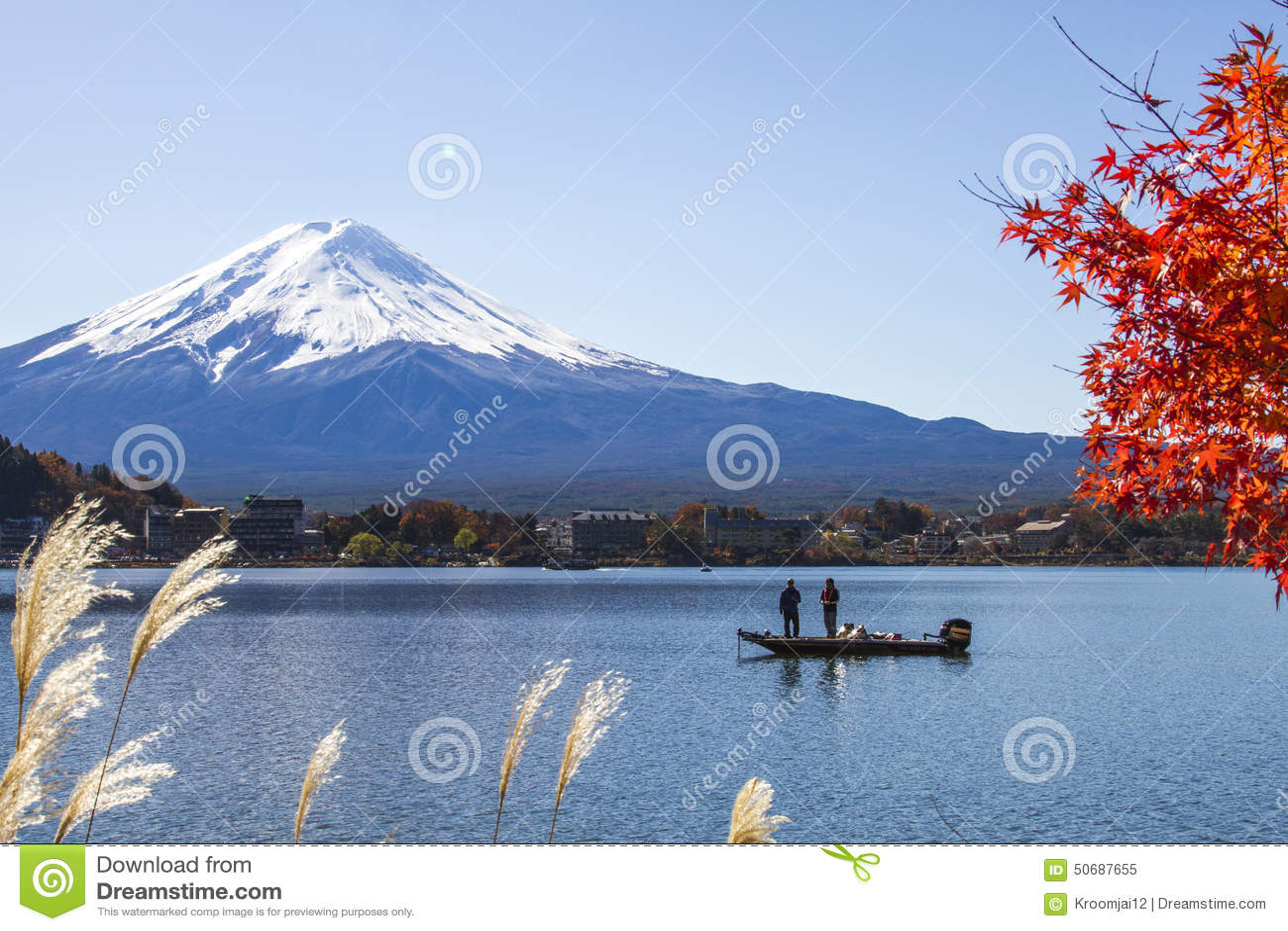 Download 在湖Kawaguchiko的Mt富士 编辑类图片. 图片 包括有 平安, 春天, 天空, 空白, 冬天, 反映 - 50687655