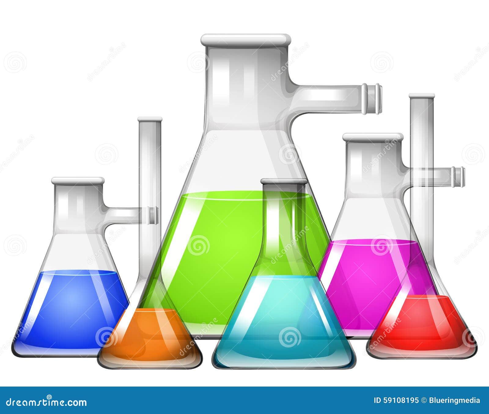 在烧杯的另外大小的化学制品
