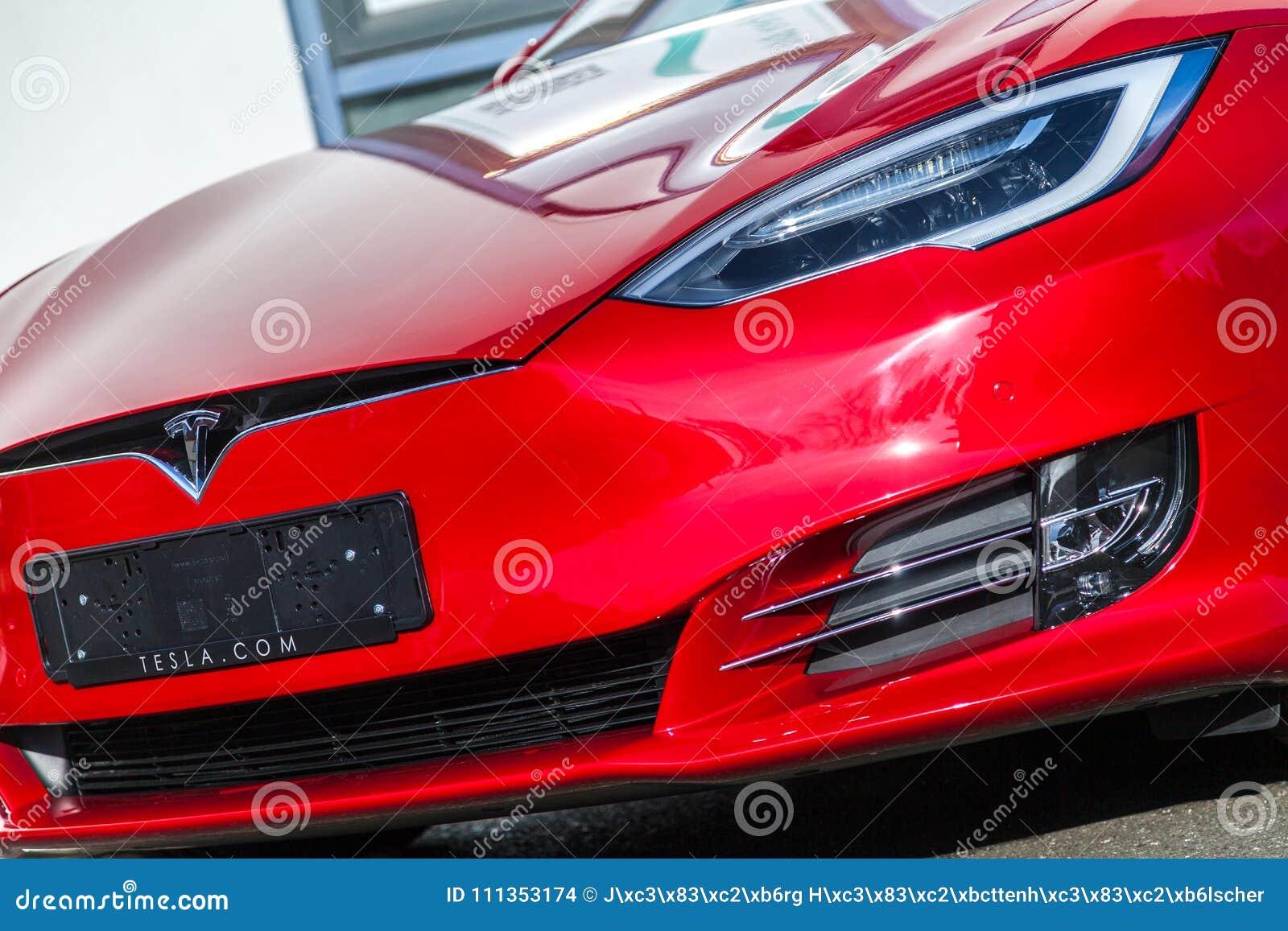 在特斯拉汽车的特斯拉商标