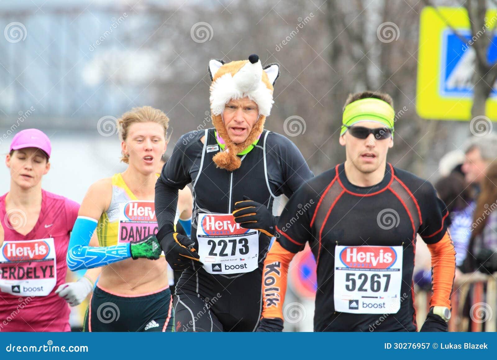 Hervis半布拉格马拉松2013年