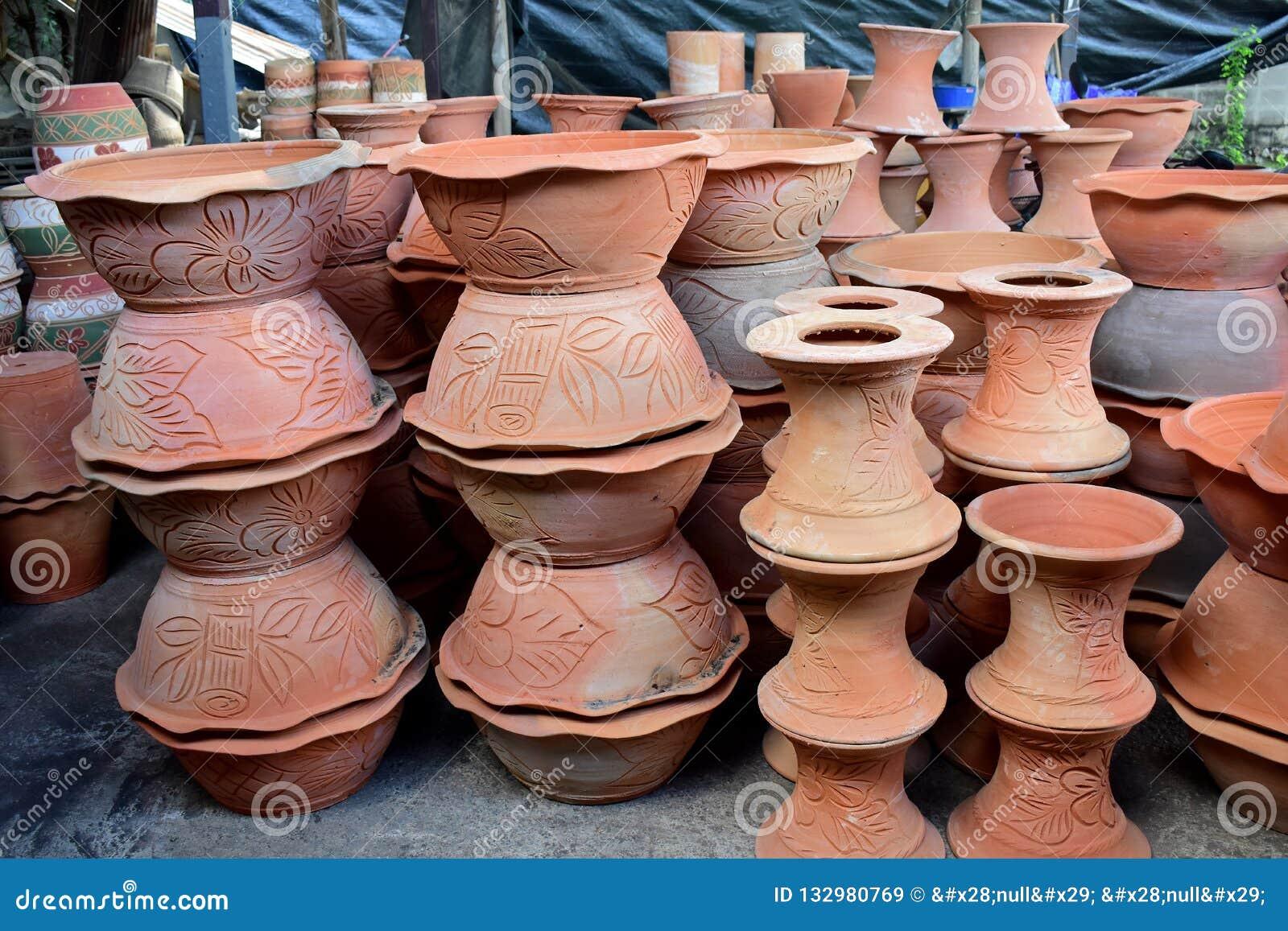 在瓦器工厂的Potteries
