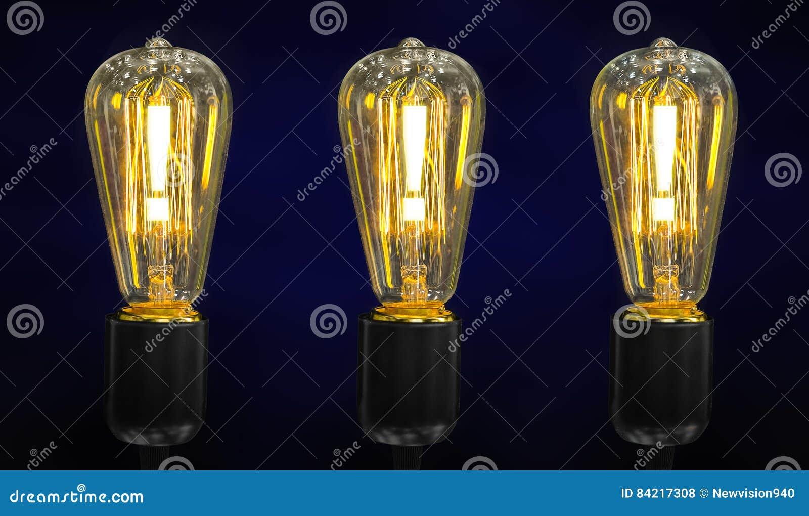 在电灯泡的惊叹号