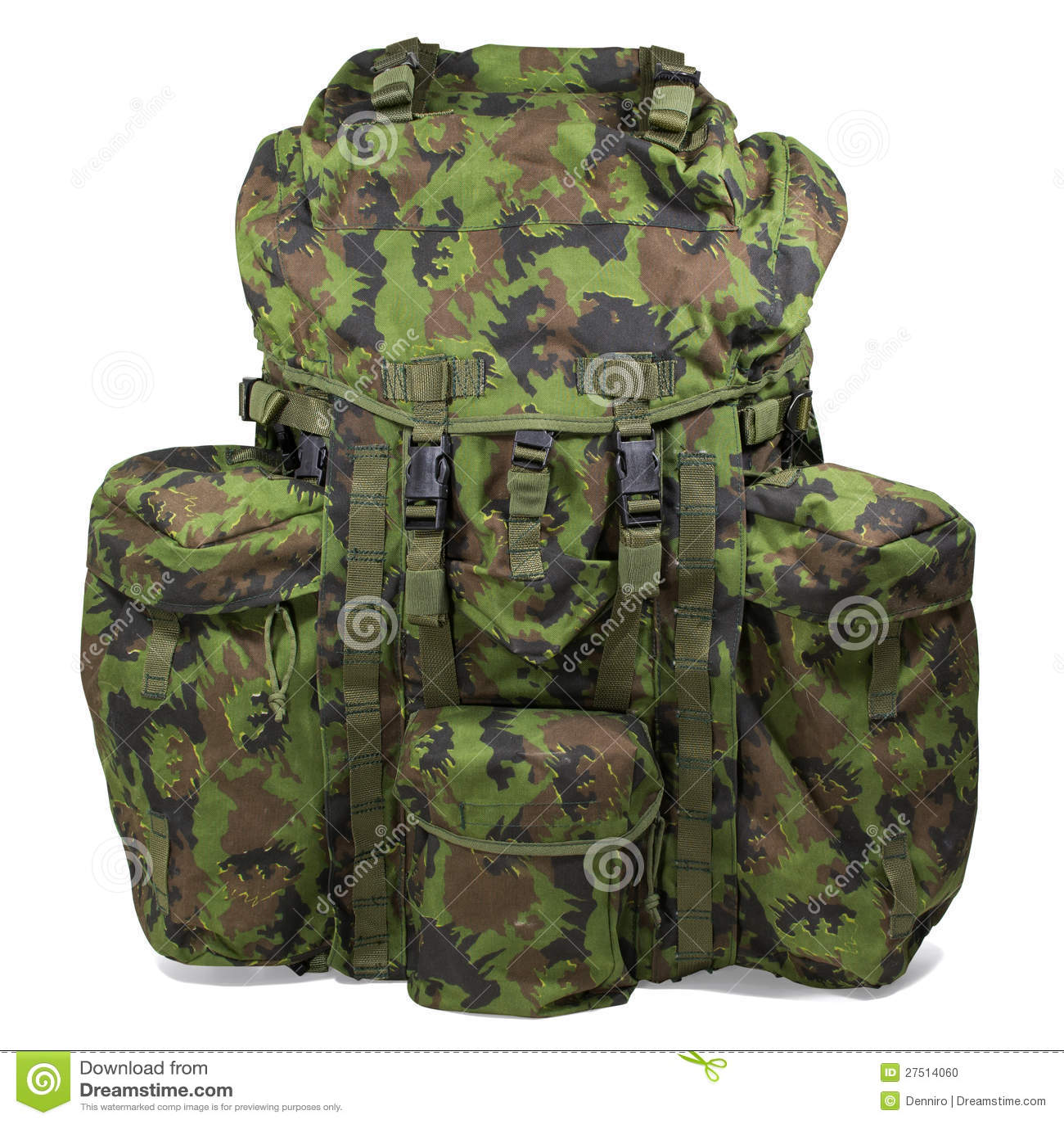 在白色的军用背包。 裁减路线。