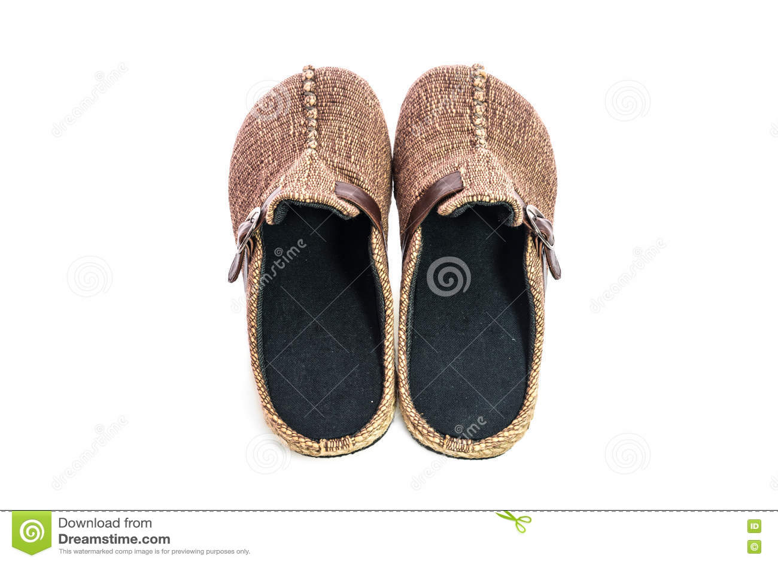 在白色背景隔绝的布朗拖鞋