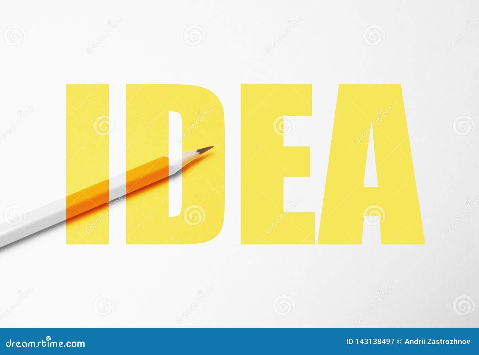 在白色背景,简单派的黄色铅笔 创造性,想法,解答,创造性概念