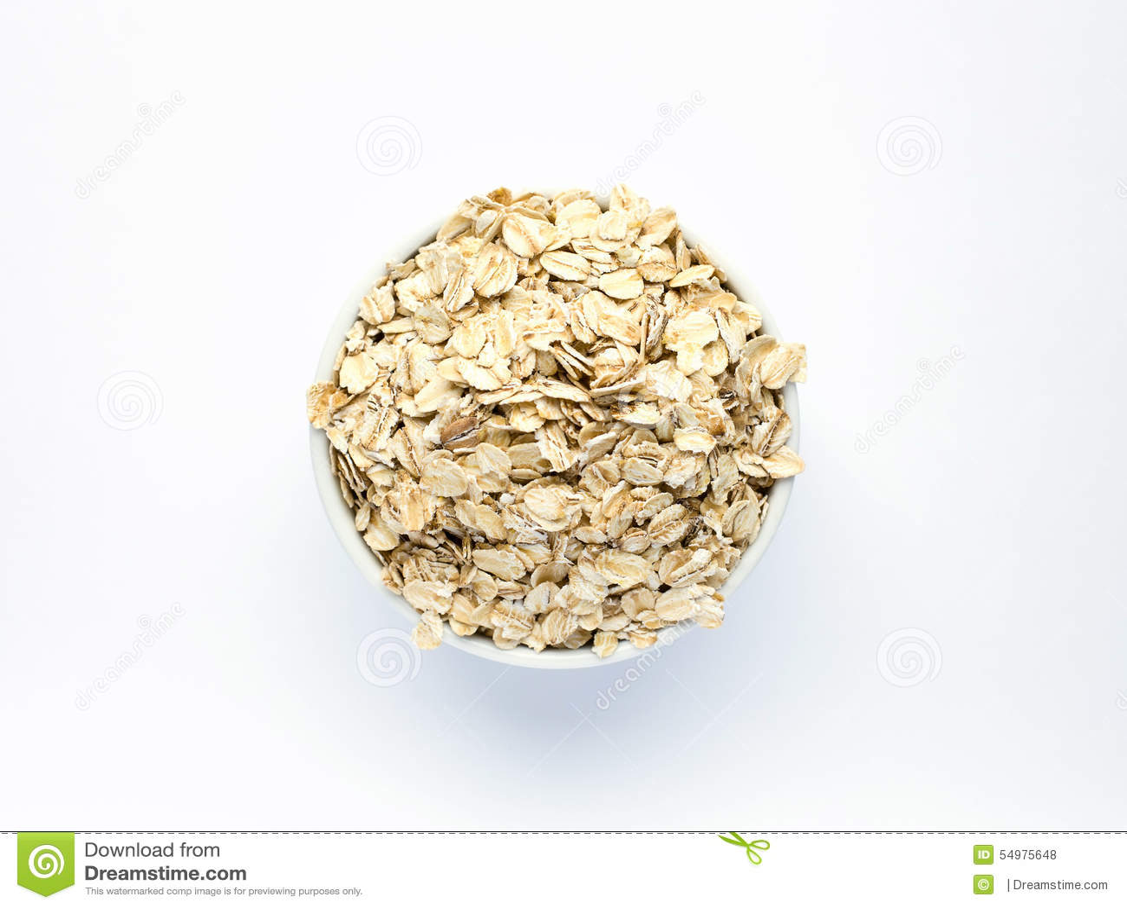 在白色piala的燕麦粥在白色背景