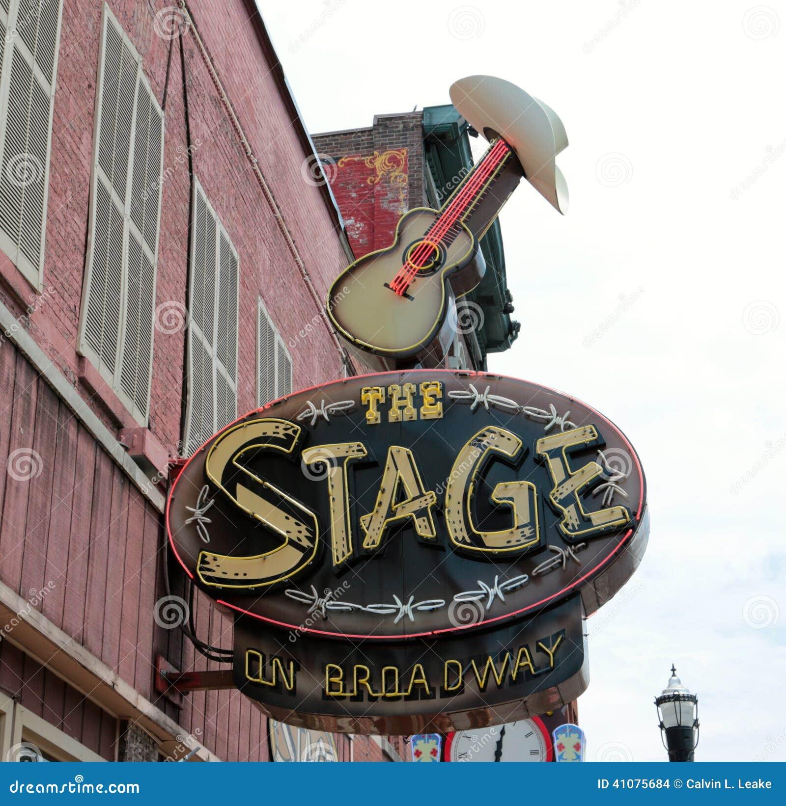 在百老汇,实况音乐地点纳稀威田纳西的阶段