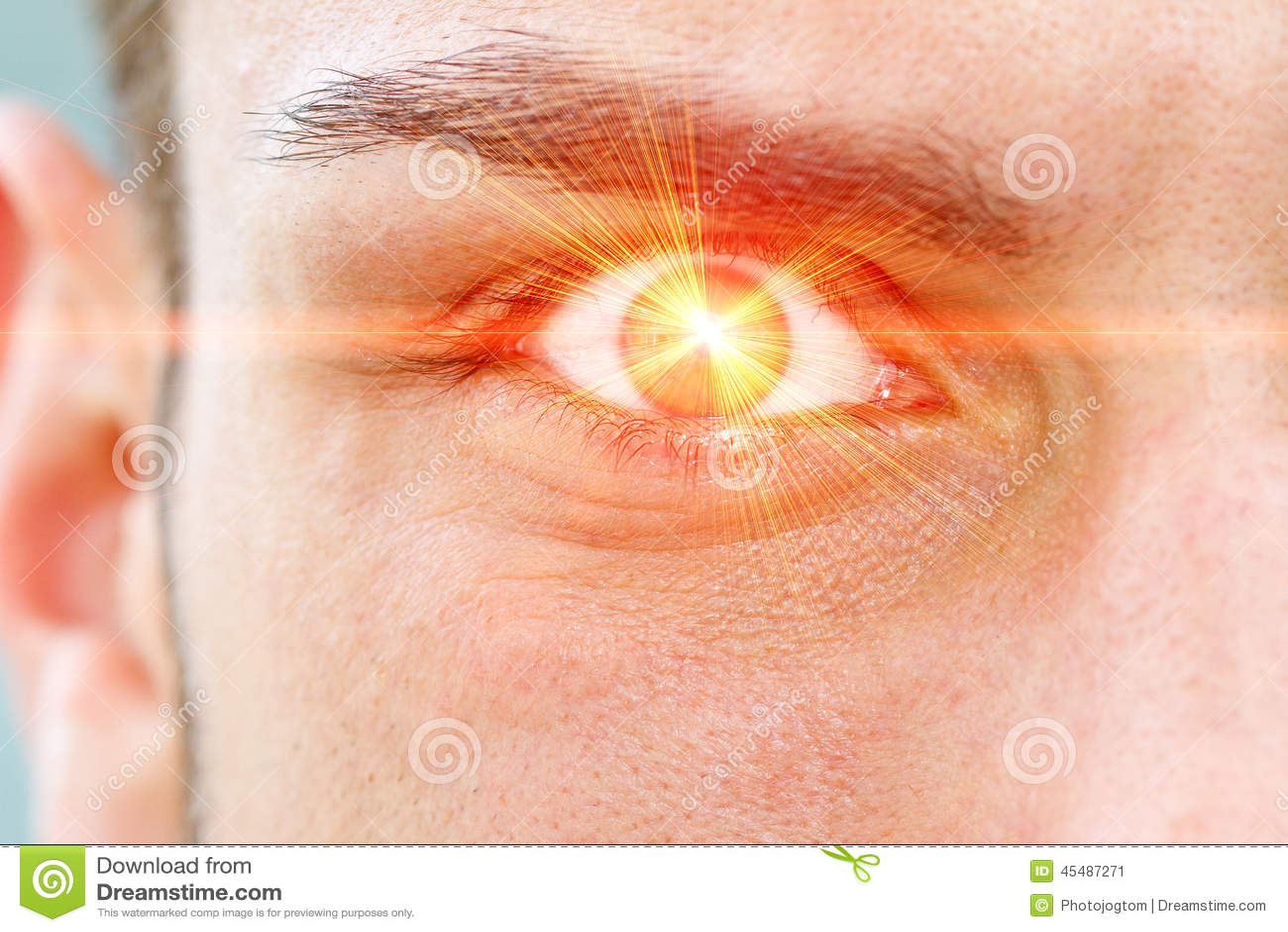 在眼睛的激光光芒