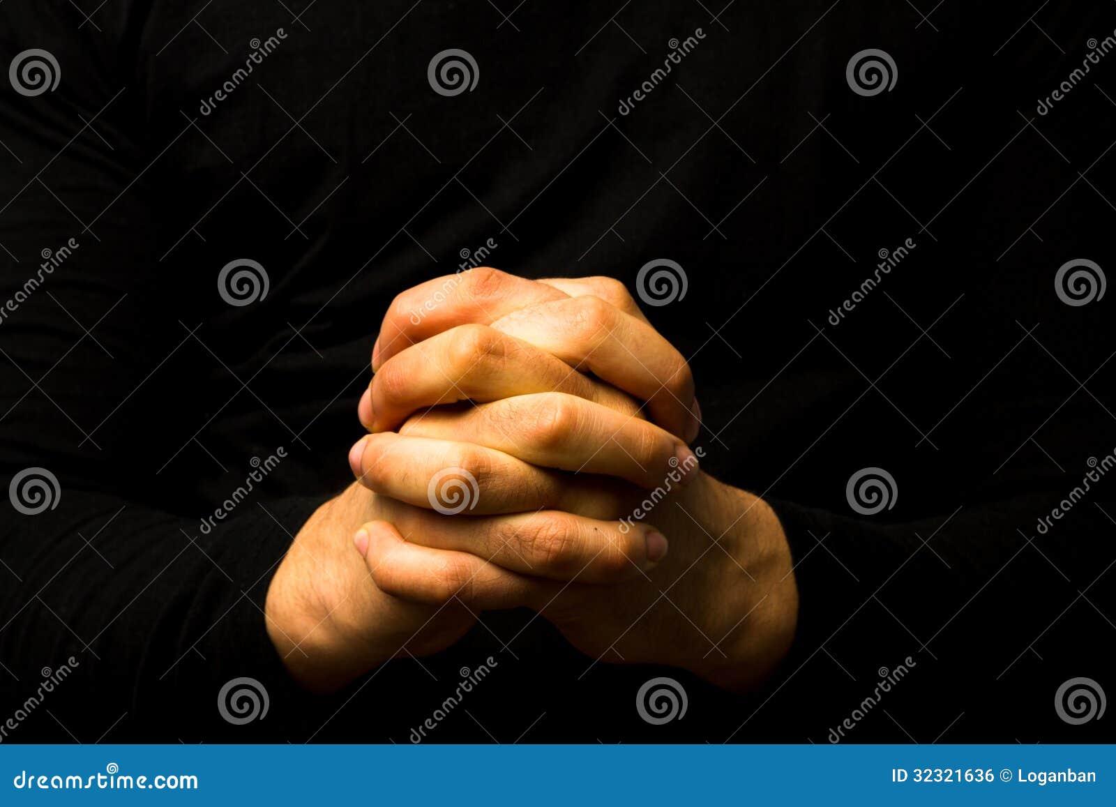 在祷告的手