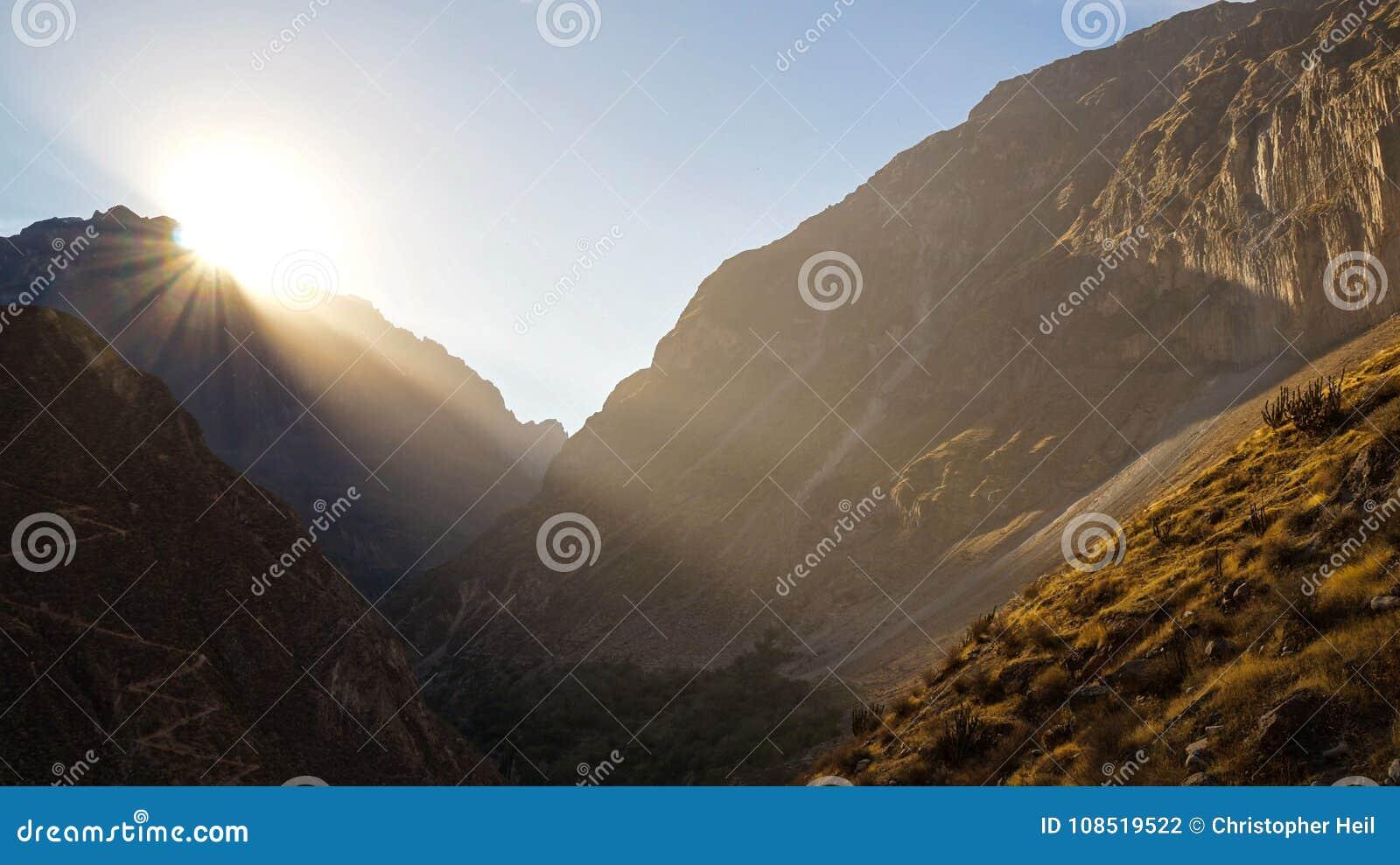 在科尔卡峡谷的风景看法,秘鲁