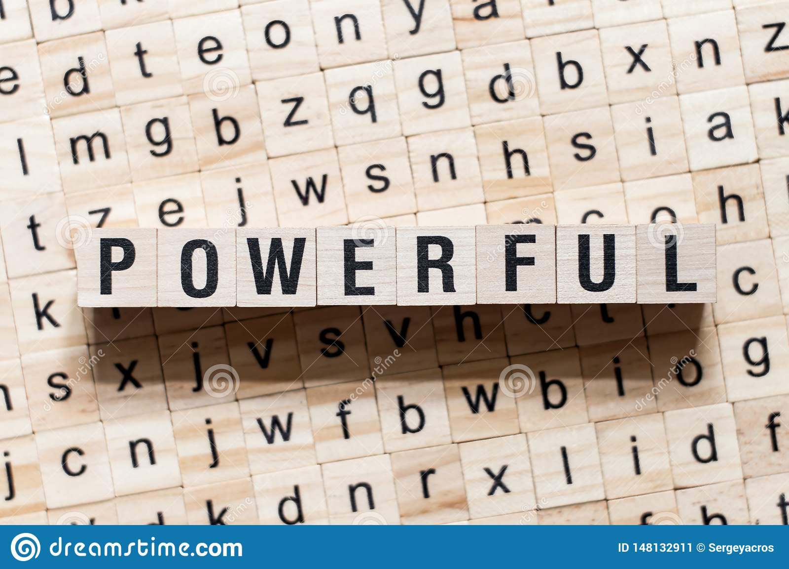 在立方体的强有力的词概念