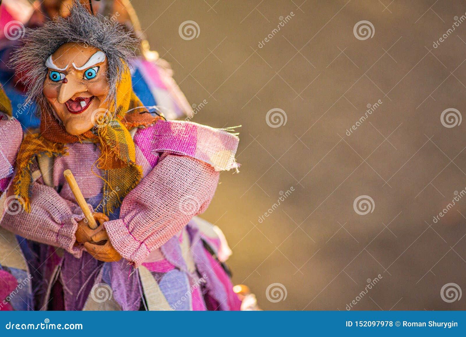 在笤帚的巫婆飞行
