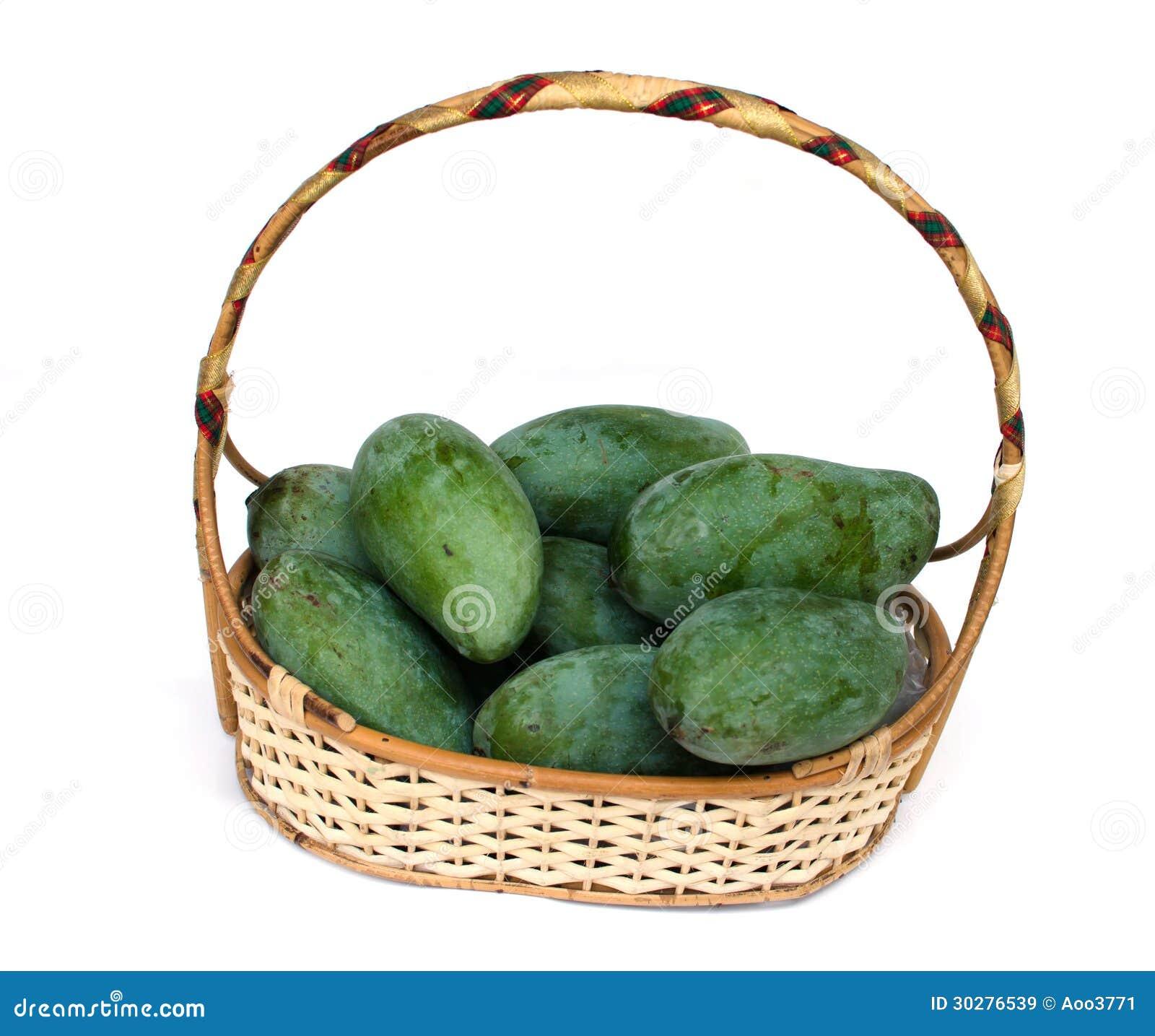 在篮子的芒果。
