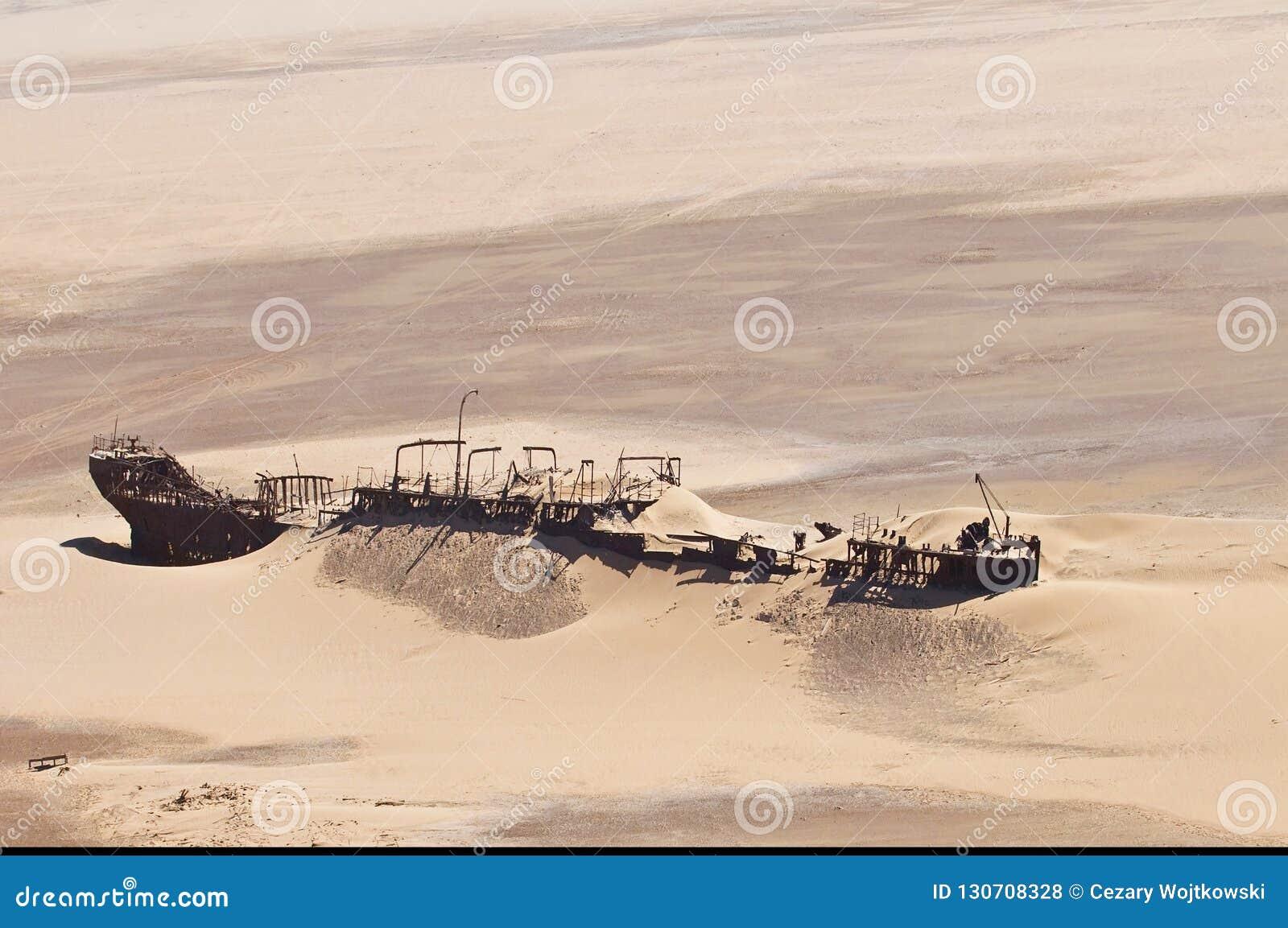 在纳米比亚沙漠,最基本的海岸,纳米比亚的爱德华伯伦海难