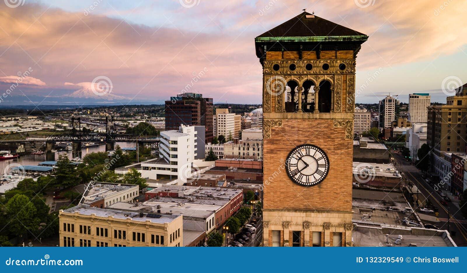 在耶路撒冷旧城霍尔Clocktower华盛顿州旁边的塔科马