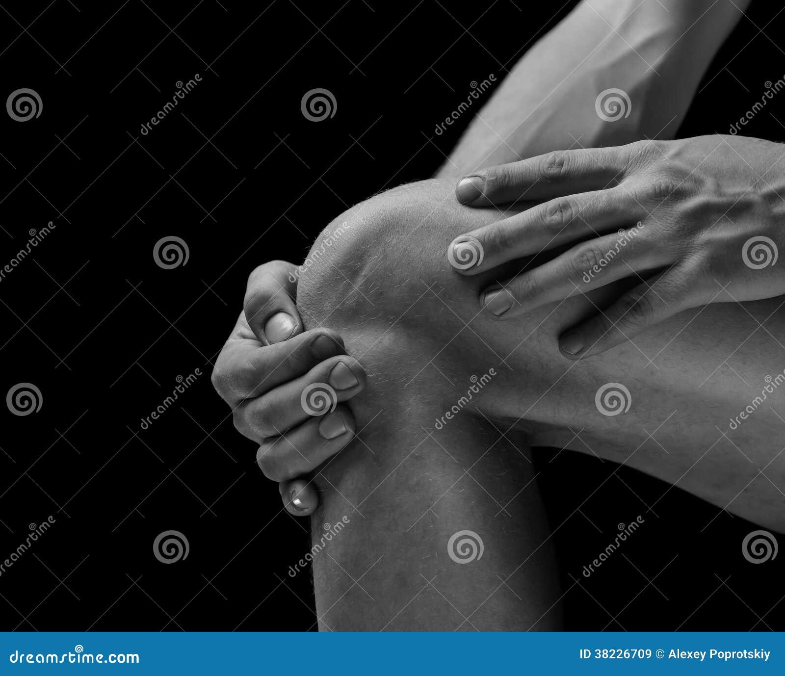 在膝盖关节的痛苦