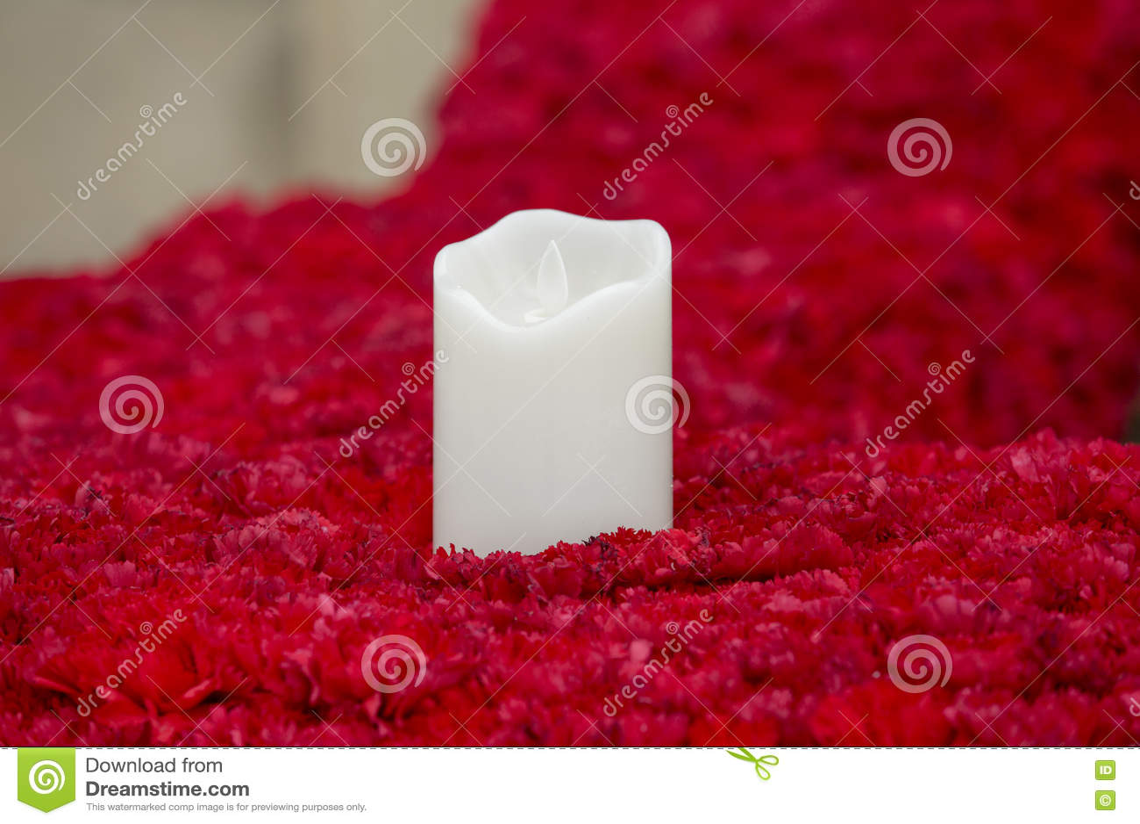 在花的蜡烛