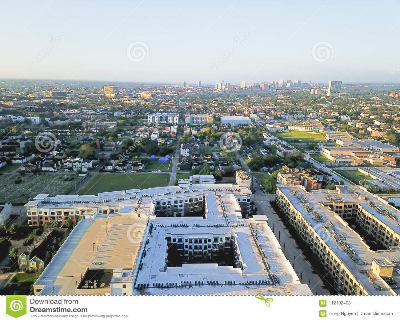 在街市休斯敦,得克萨斯西部的鸟瞰图第四病区区