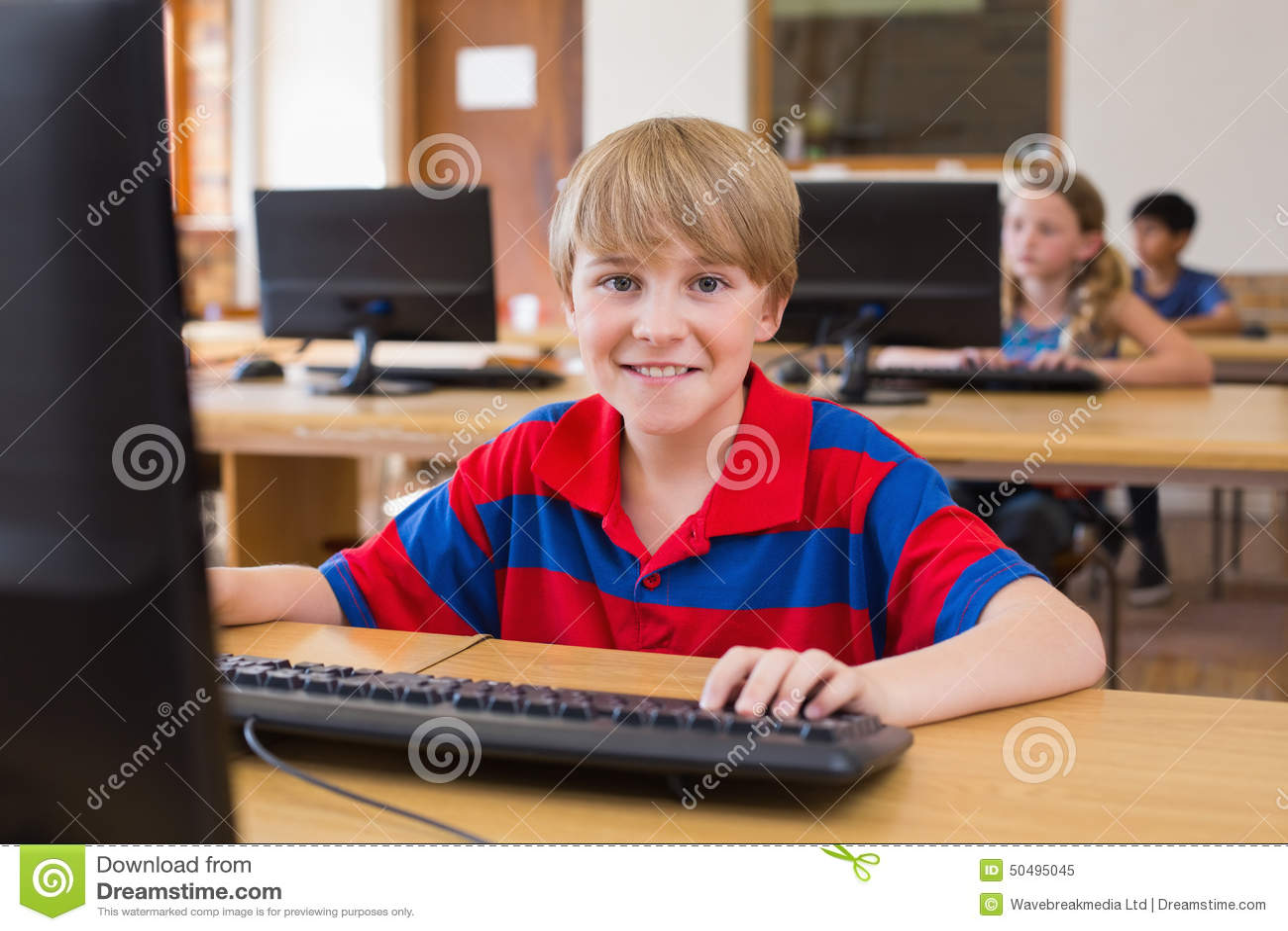 在计算机类的逗人喜爱的学生