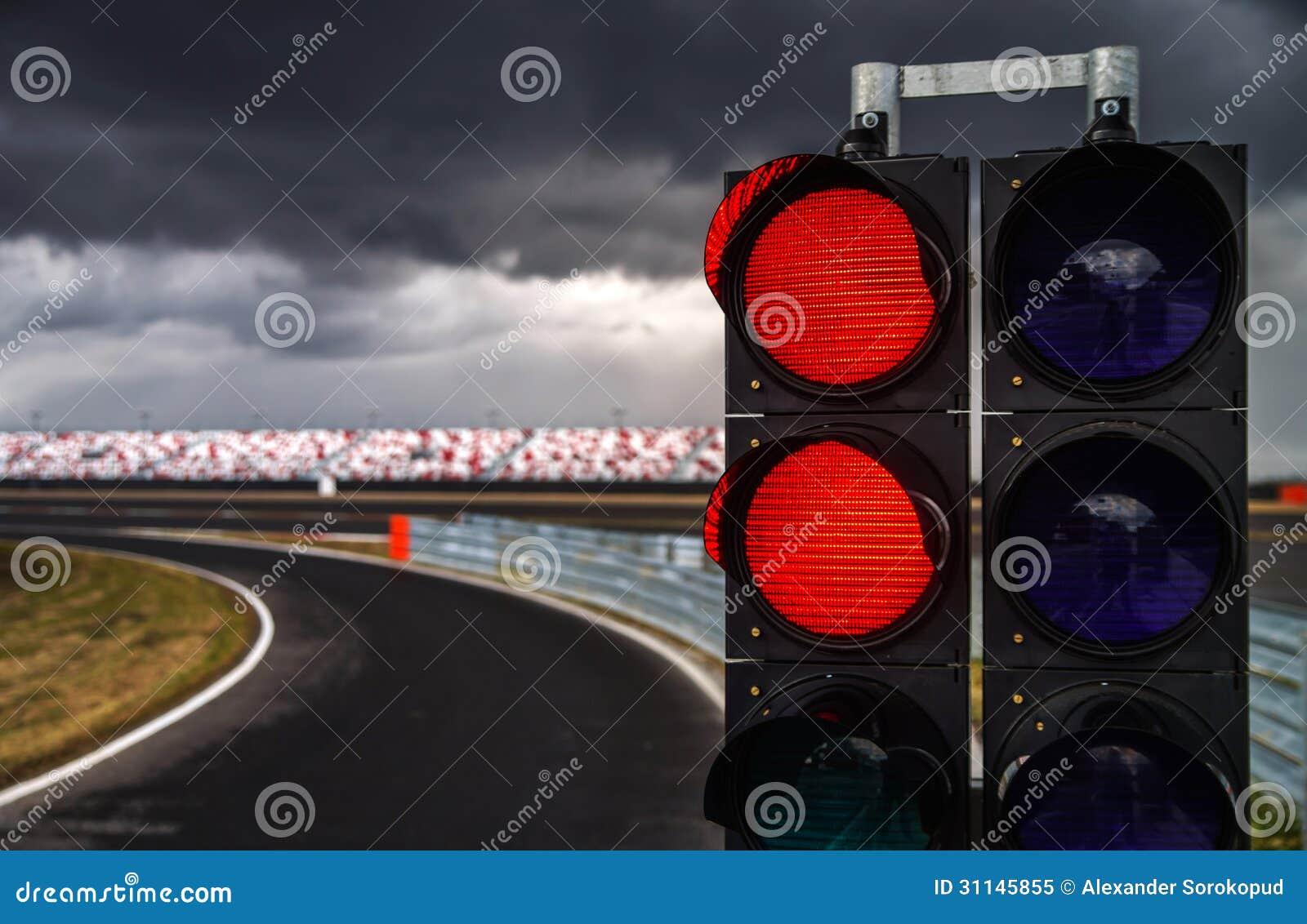 在赛马跑道的红绿灯