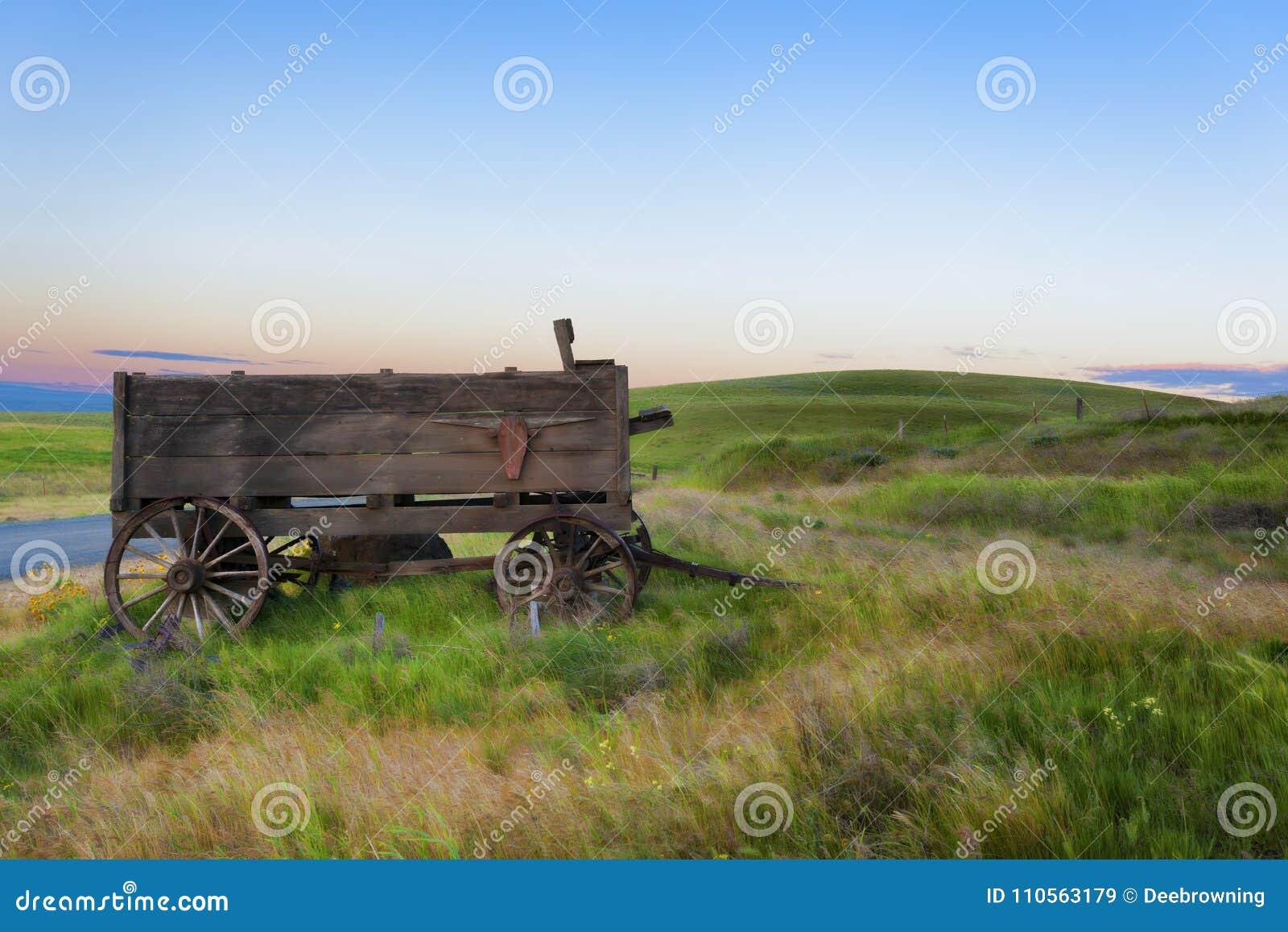 在达拉斯大农场的老无盖货车在哥伦比亚山脉国家公园