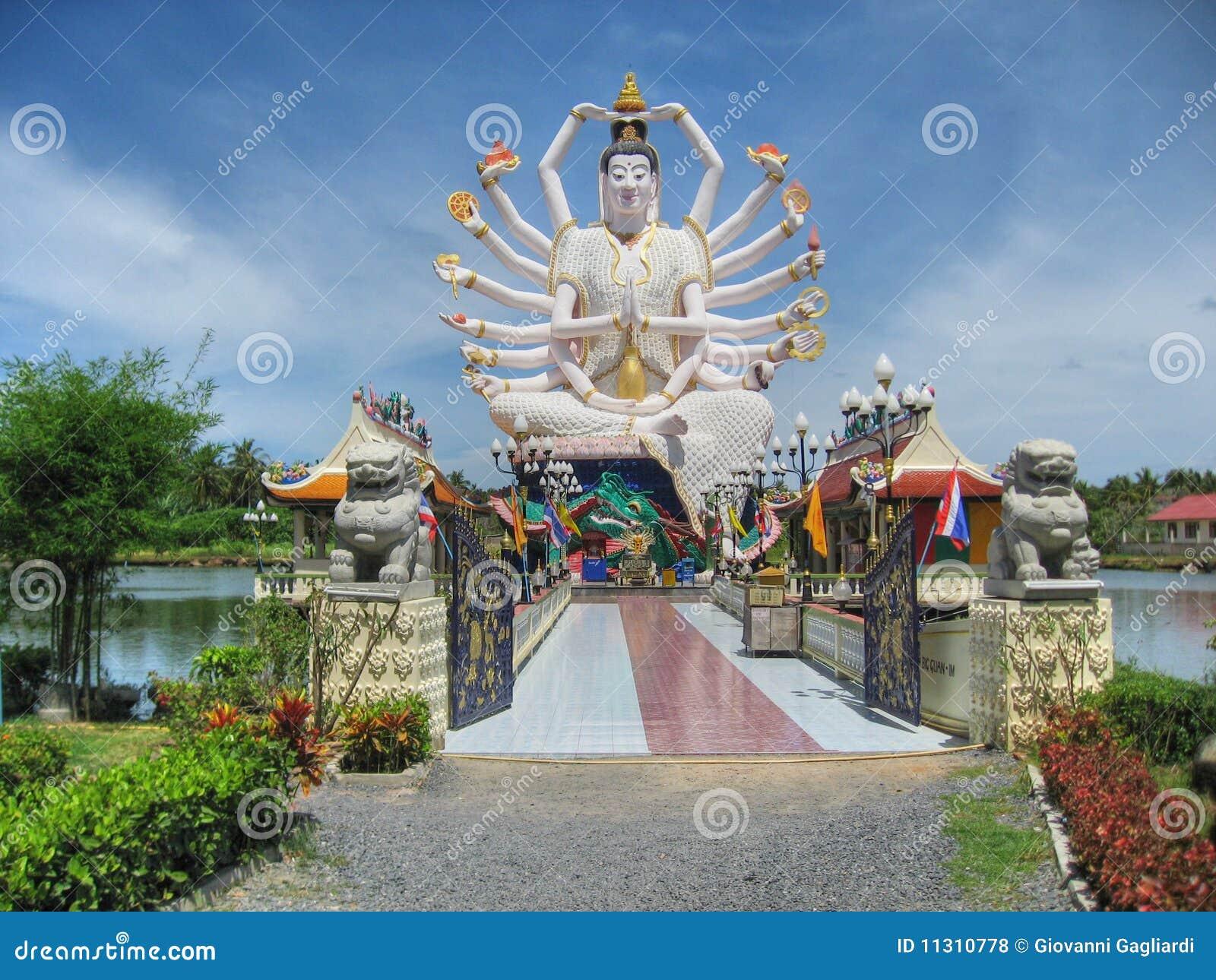 在酸值Samui,泰国, 2007年8月的寺庙