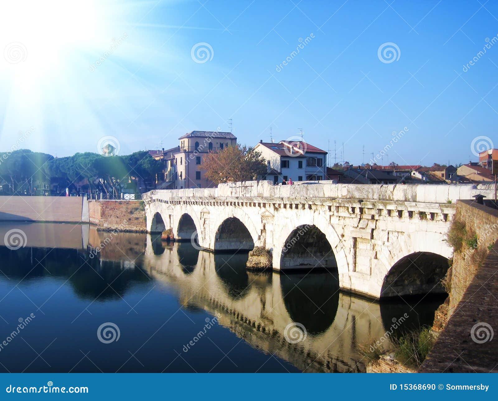 在里米尼河的桥梁