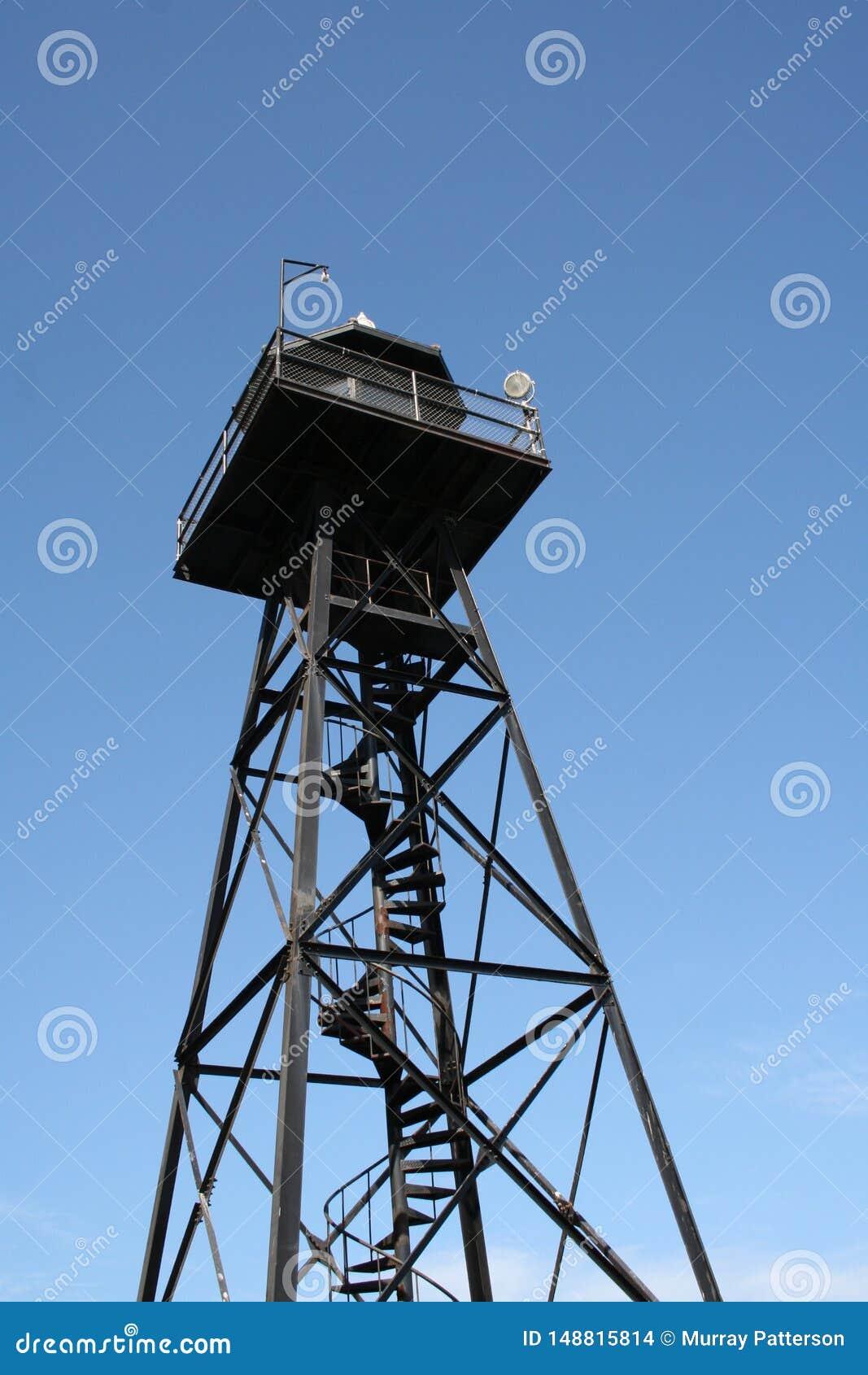 在阿尔卡特拉斯岛监狱的一天