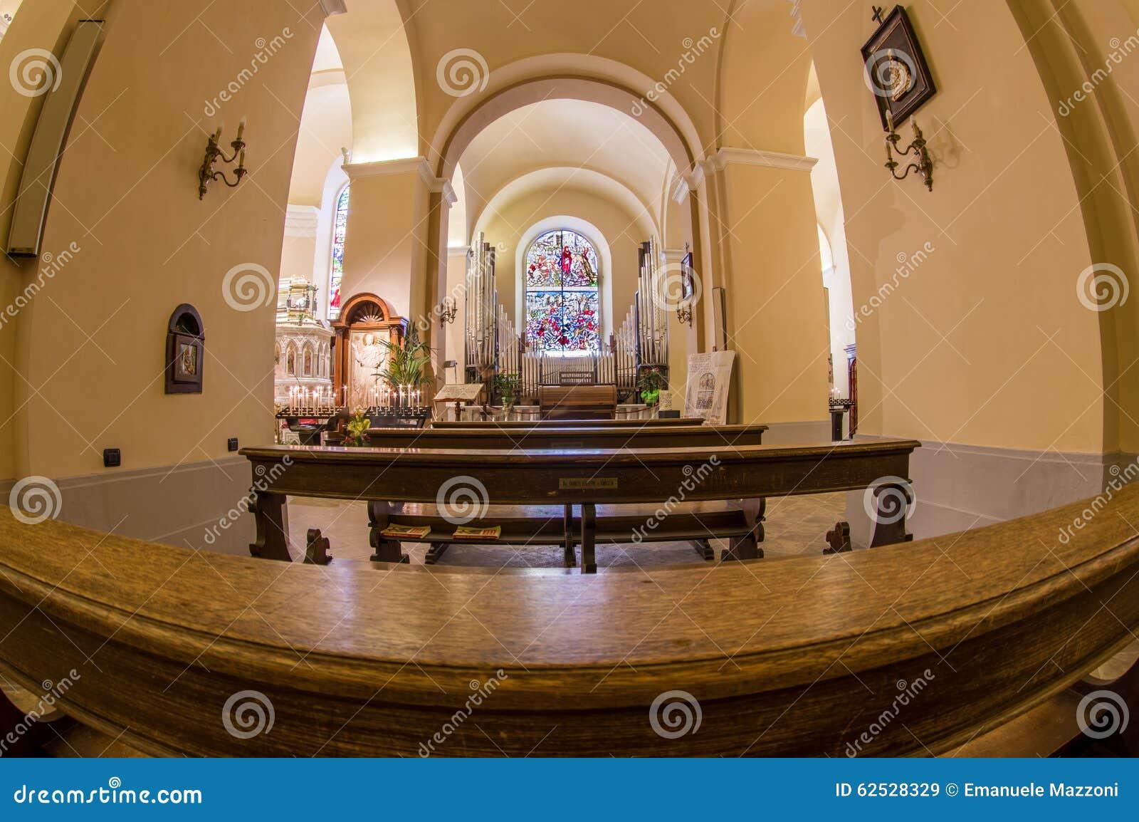 在阿西西,意大利的教会内部