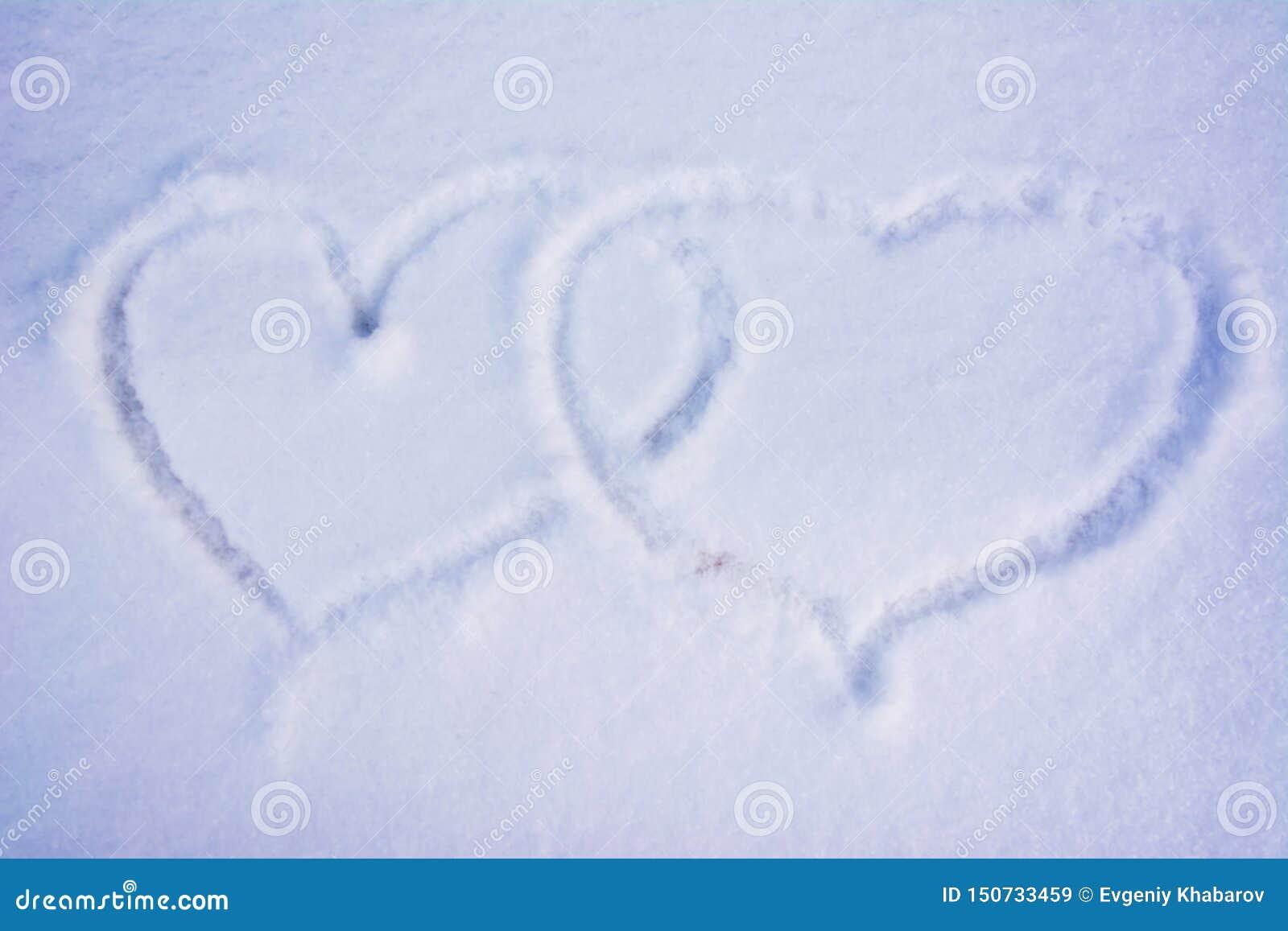 在雪的心脏 心脏形状在雪的