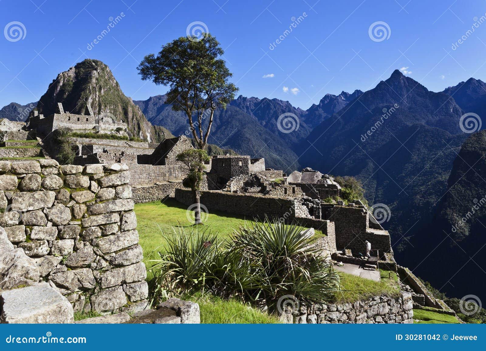 在马丘比丘,秘鲁的清早