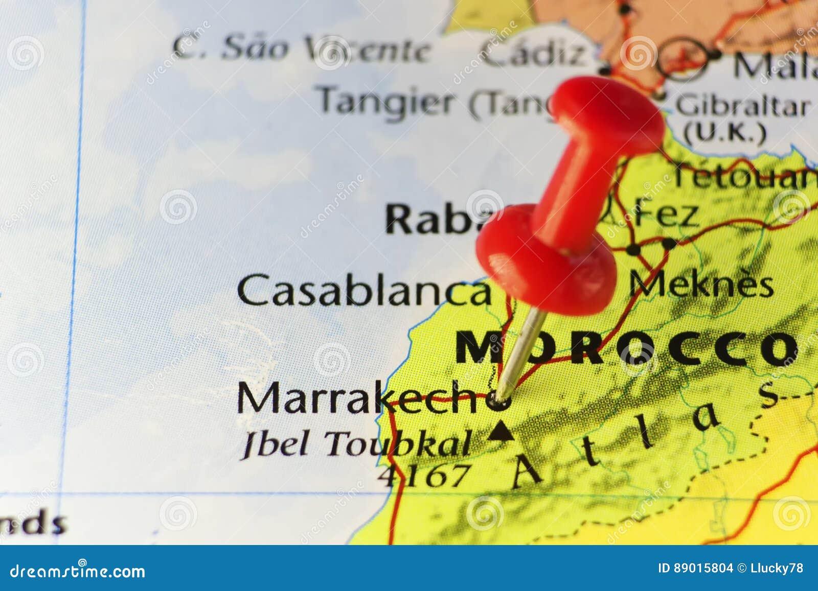 在马拉喀什,摩洛哥的红色别针