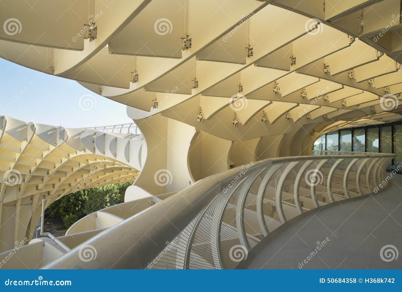 Download 在黄色口气的现代建筑结构 塞维利亚 西班牙 库存照片. 图片 包括有 城镇, 西班牙语, 安排, 塞维利亚 - 50684358