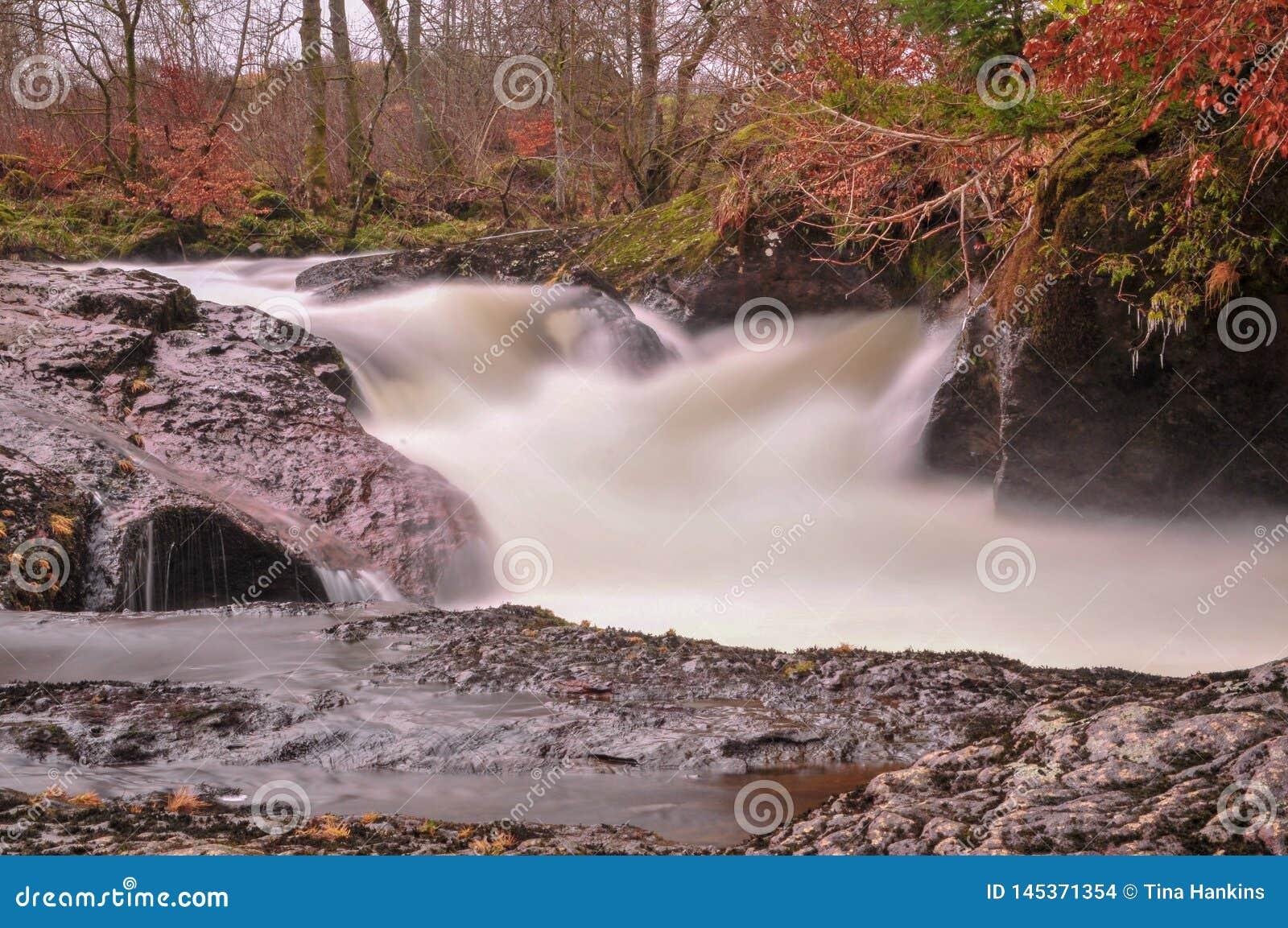 在Crieff附近的Buchanty喷口在苏格兰