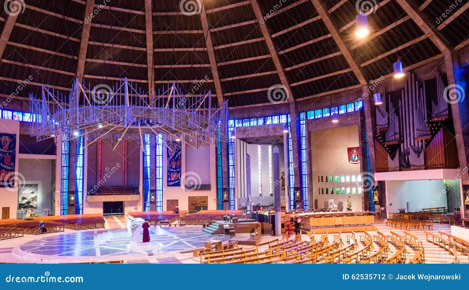 在D里面的利物浦大城市大教堂