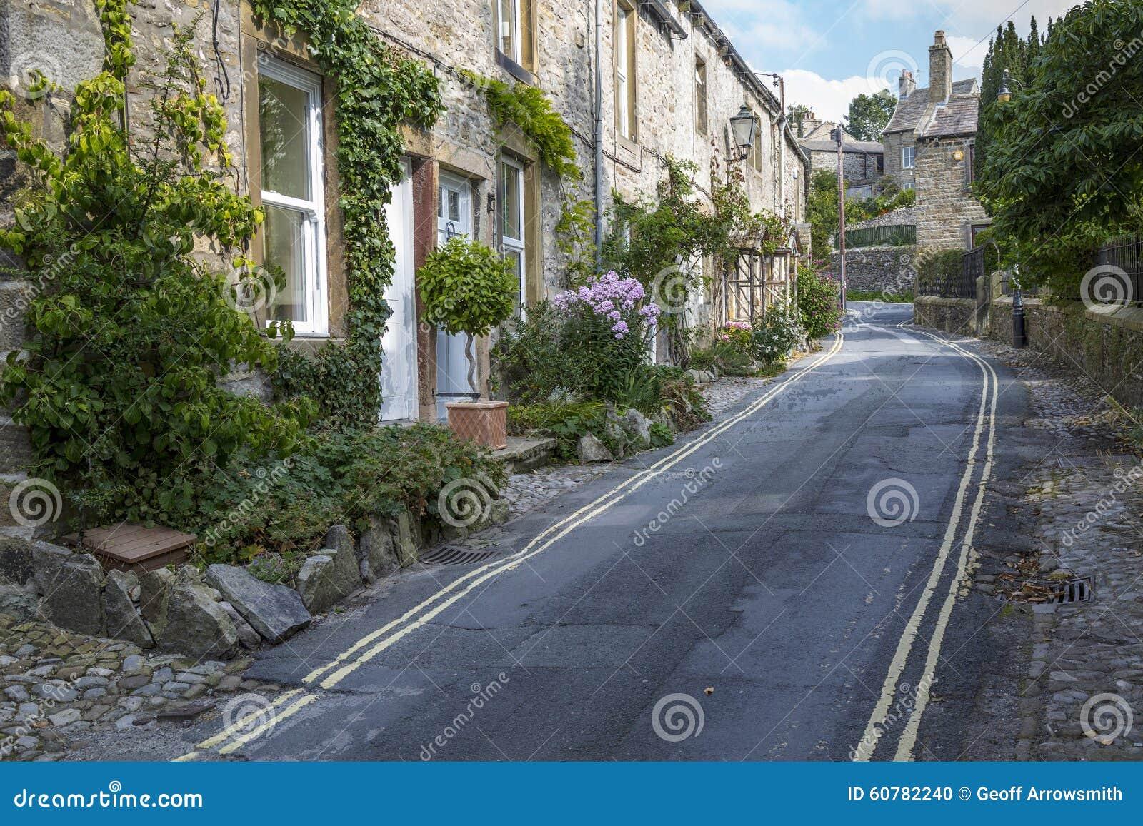在Grassington的Backstreet在约克夏,英国