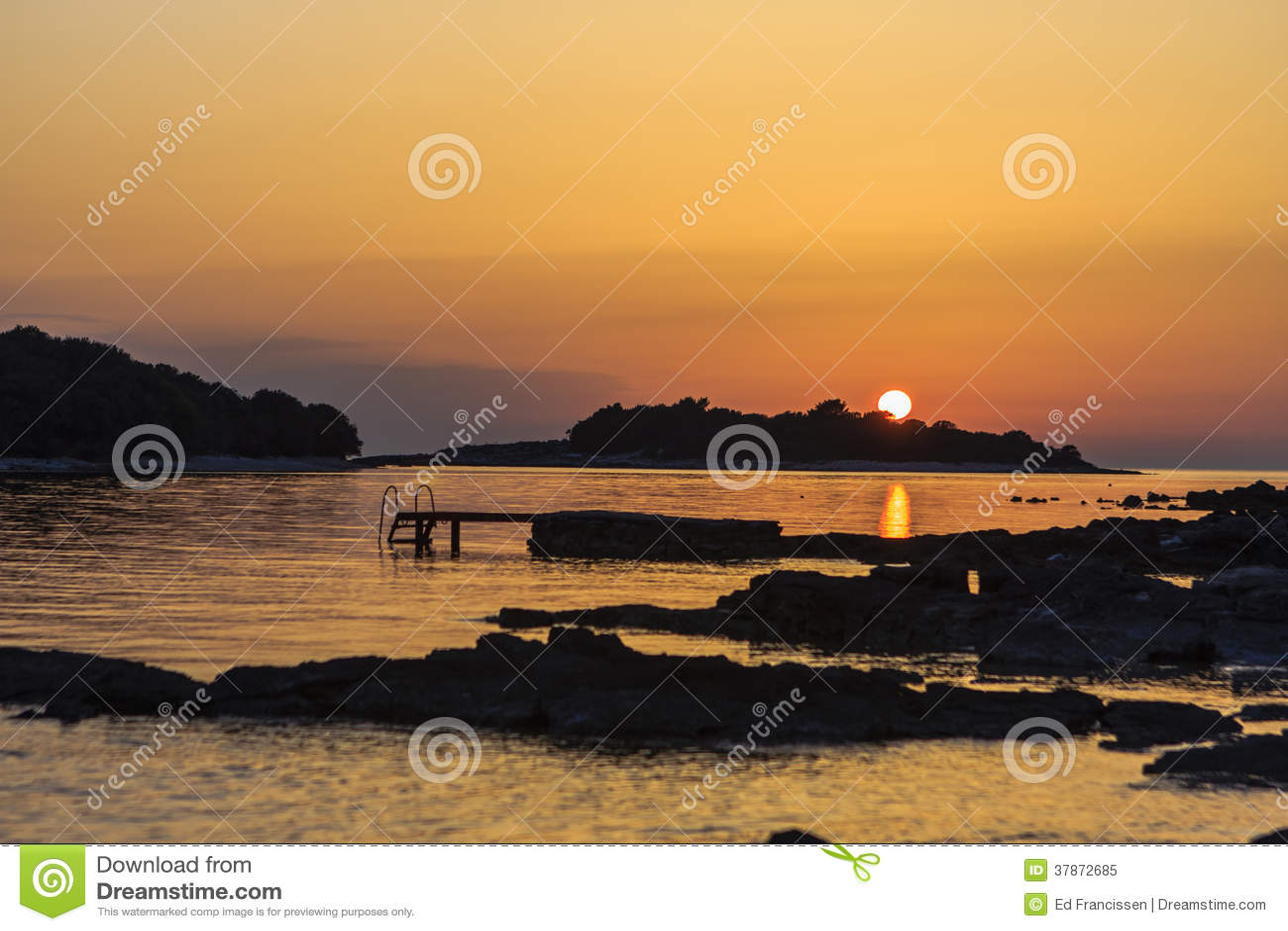 在Istrie的日落