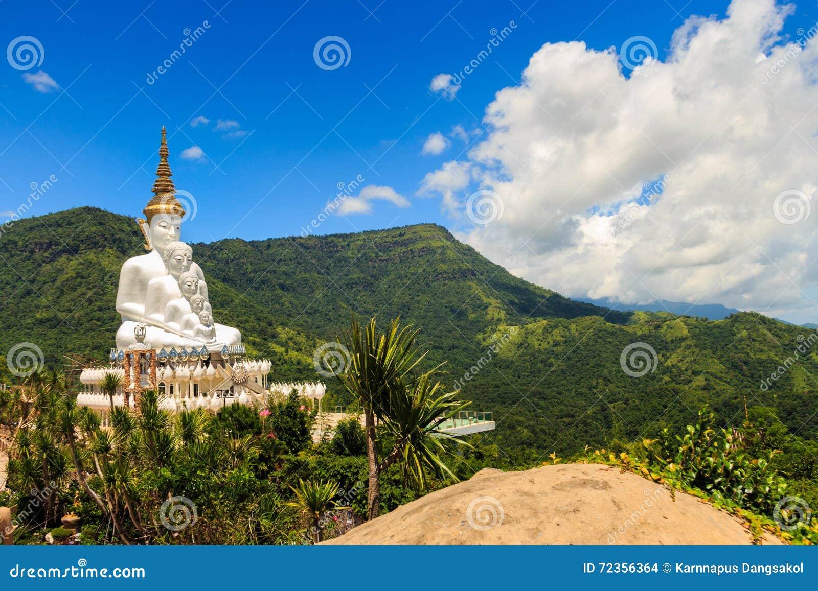 在Phasornkaew寺庙,泰国的Buddhas